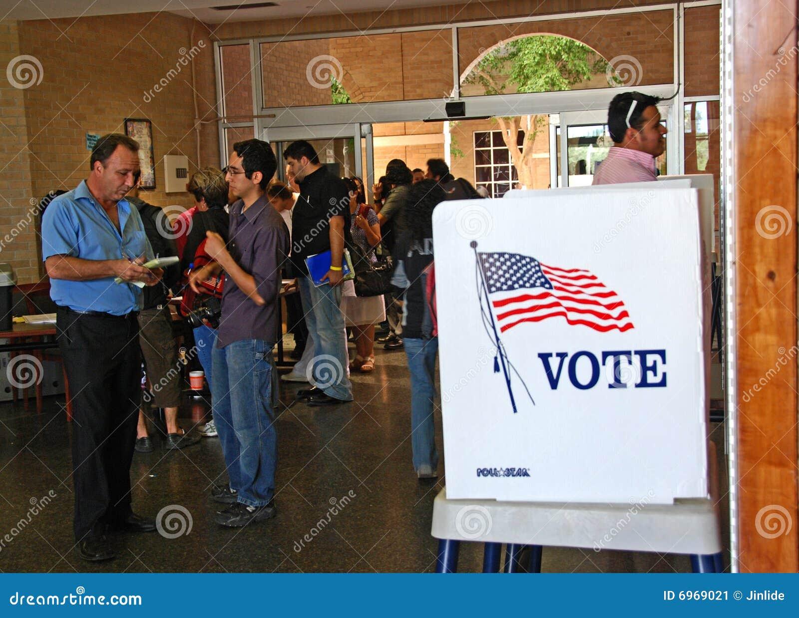 Jour de vote présidentiel des 2008 USA à ville frontière