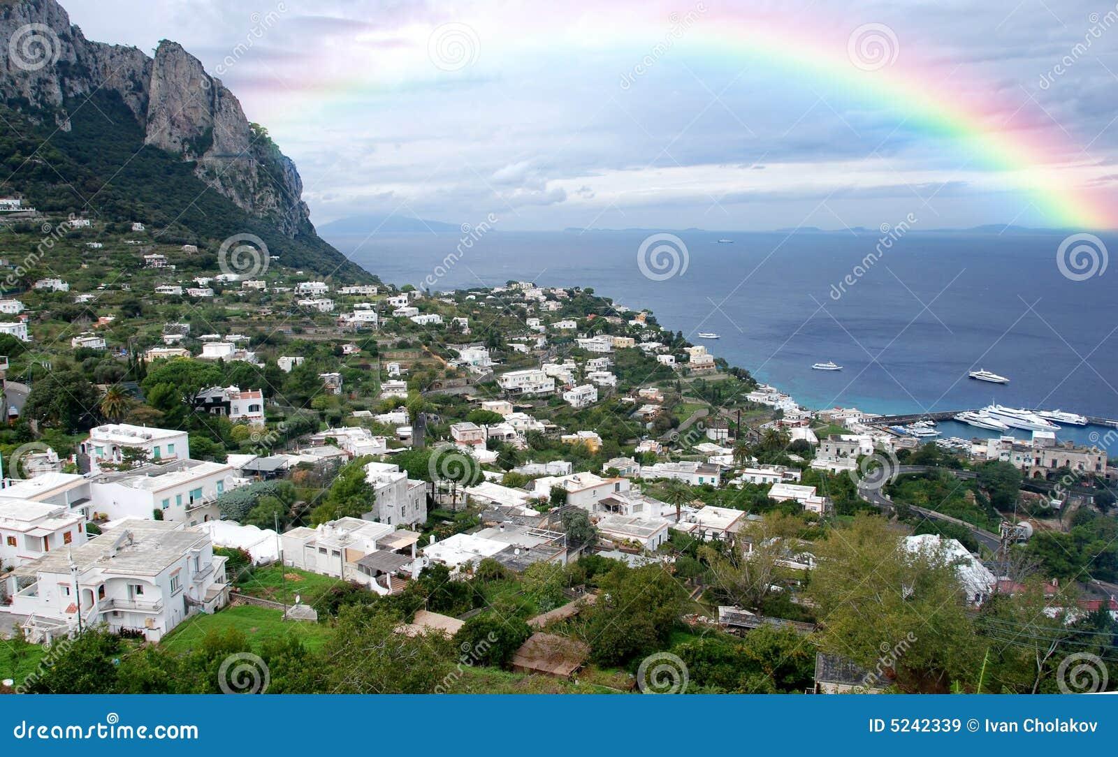 Jour pluvieux au-dessus de Capri