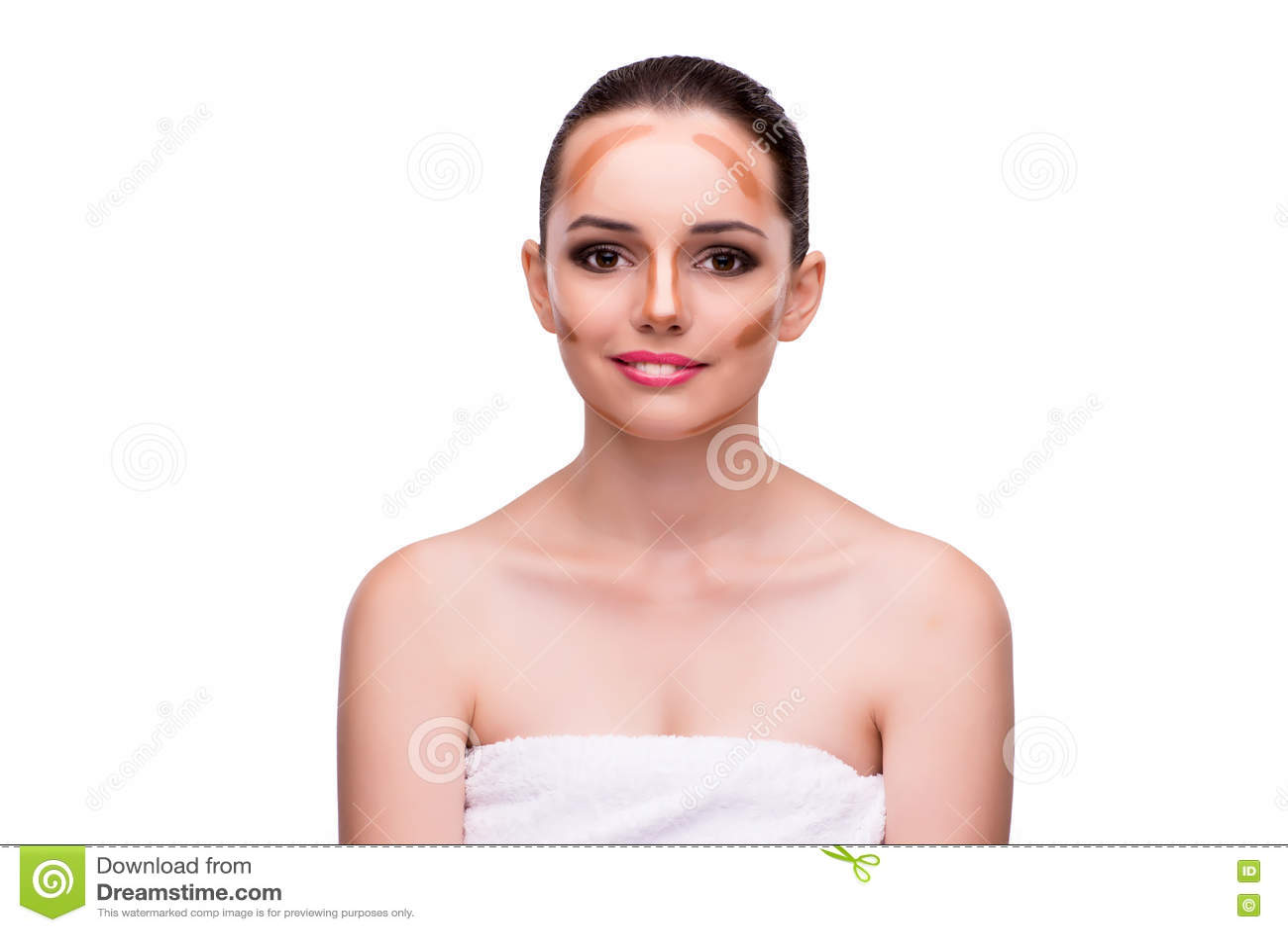 A jovem mulher no conceito da beleza isolada no branco