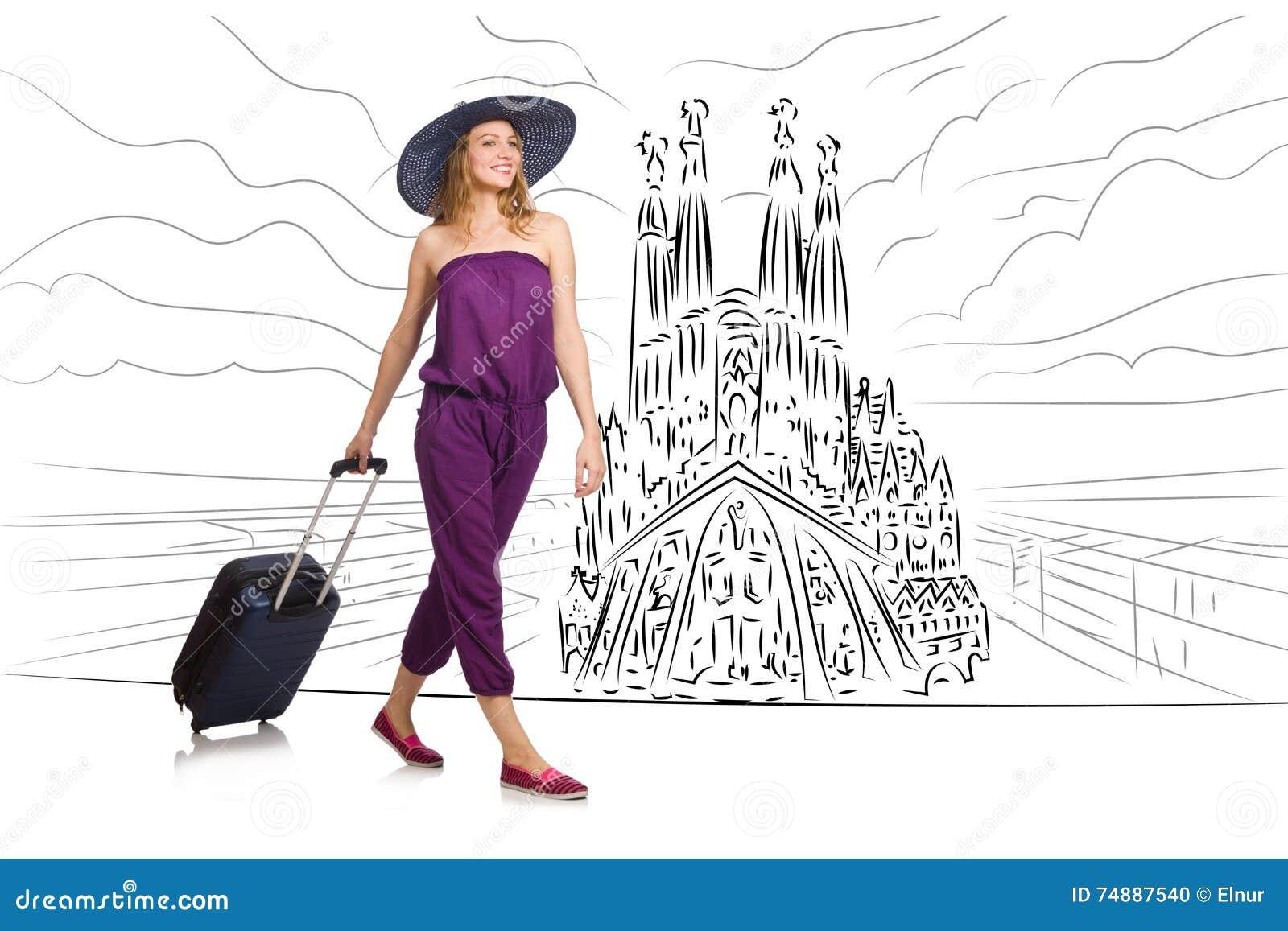 A jovem mulher que viaja a spain para ver o familia de sagrada