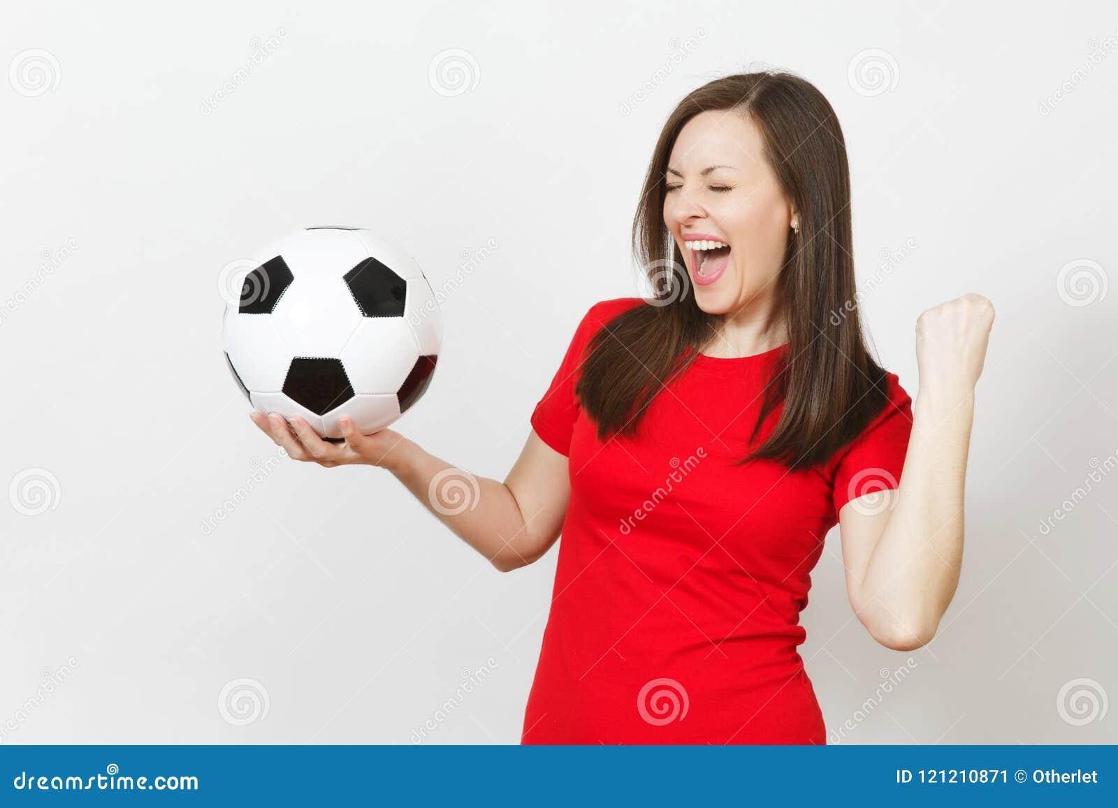 e474ef8b7ce63 ... fan de futebol ou jogador na bola de futebol guardando uniforme  vermelha