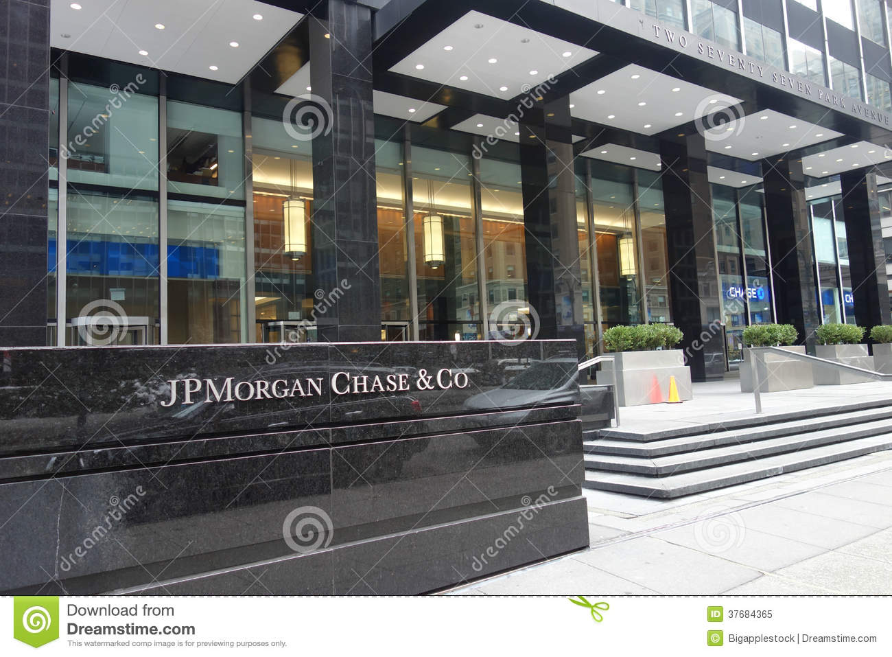 JPMorgan Chase Headquarters Editorial Image - Image of services ...