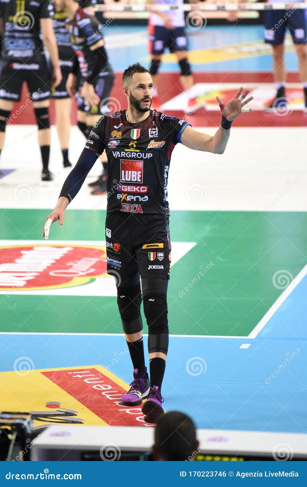 Italian Volleyball Men Cup Quarter Finals Cucine Lube Civitanova Vs Vero Volley Monza Editorial Photo Image Of Quarter Juantorena 170223746