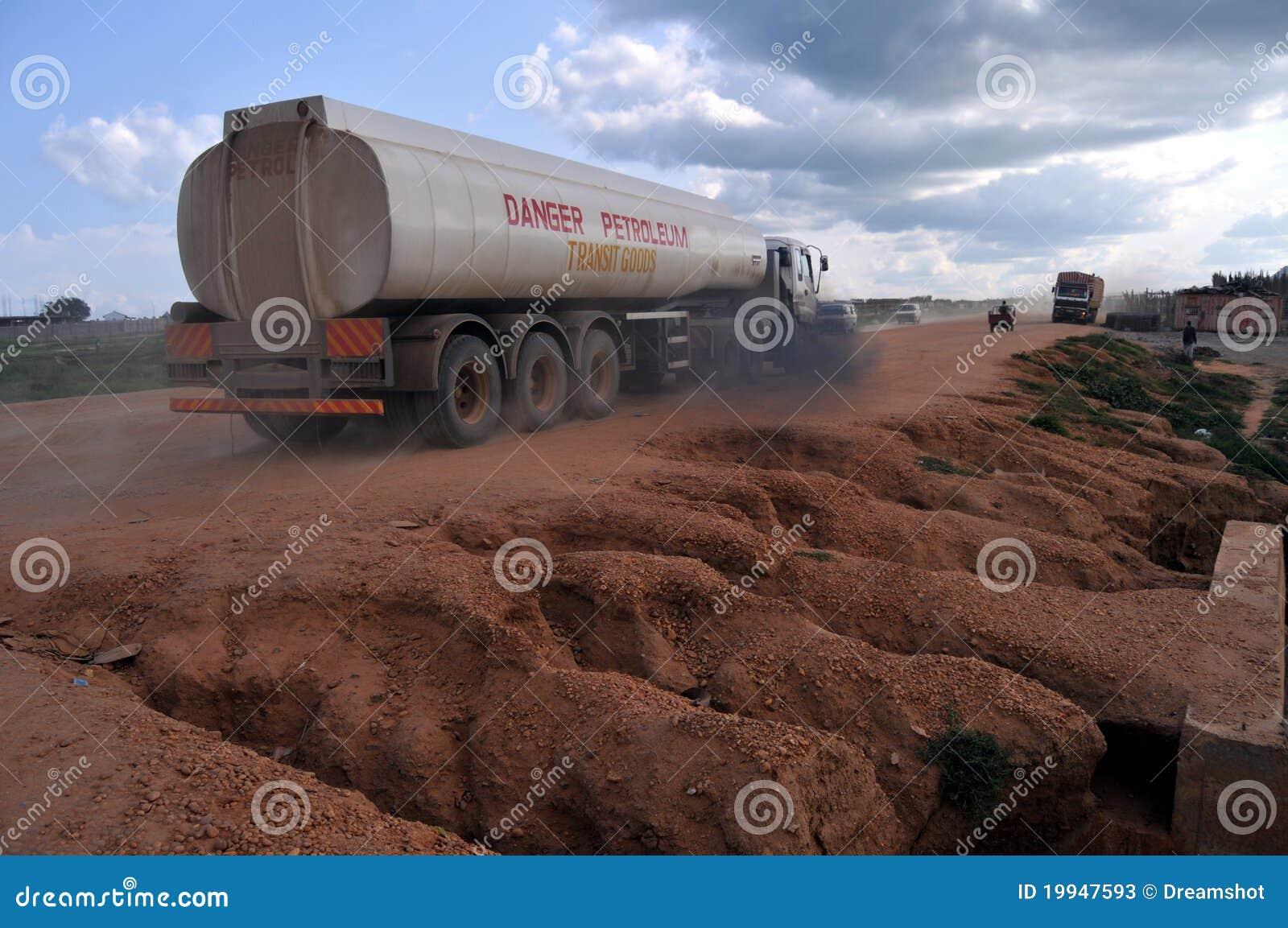 Juba benzyny południowa Sudan ciężarówka