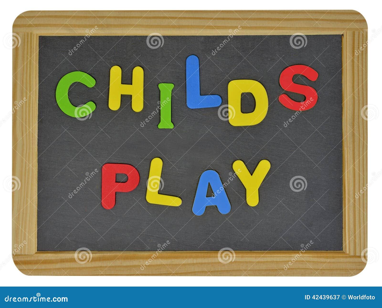 Juego de Childs en letras coloreadas en pizarra