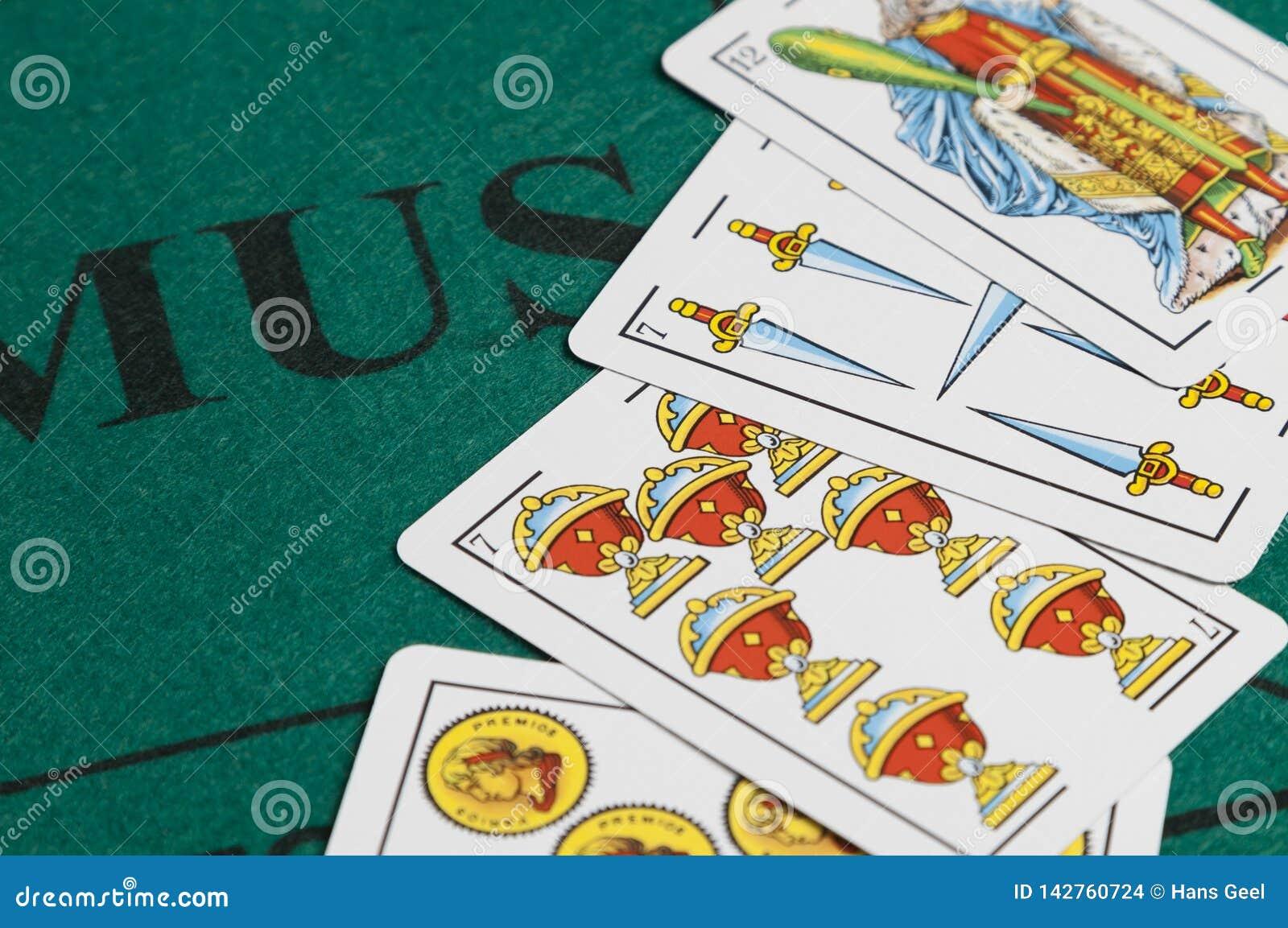 Juego de tarjeta de Mus