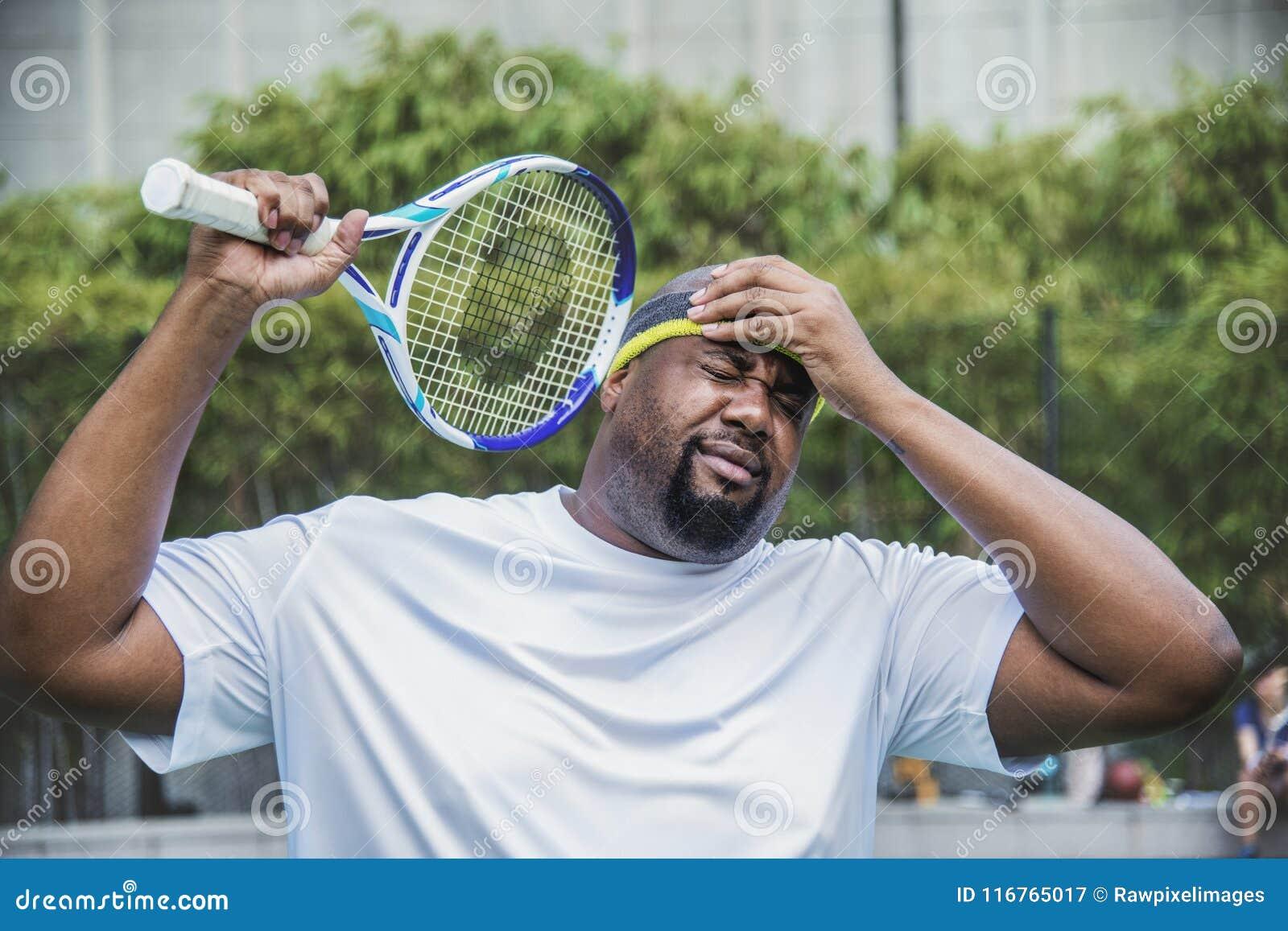 Jugador de tenis que pierde el partido