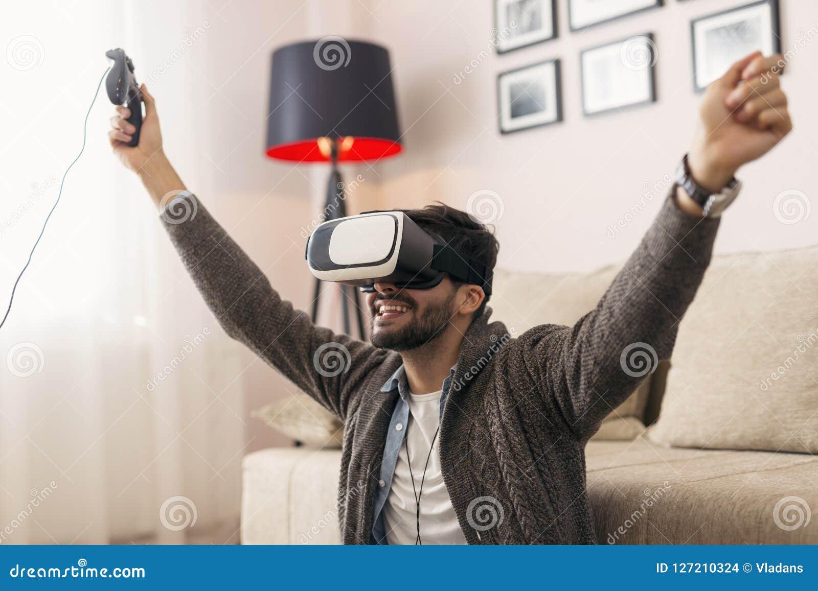 Jugar a un juego de VR