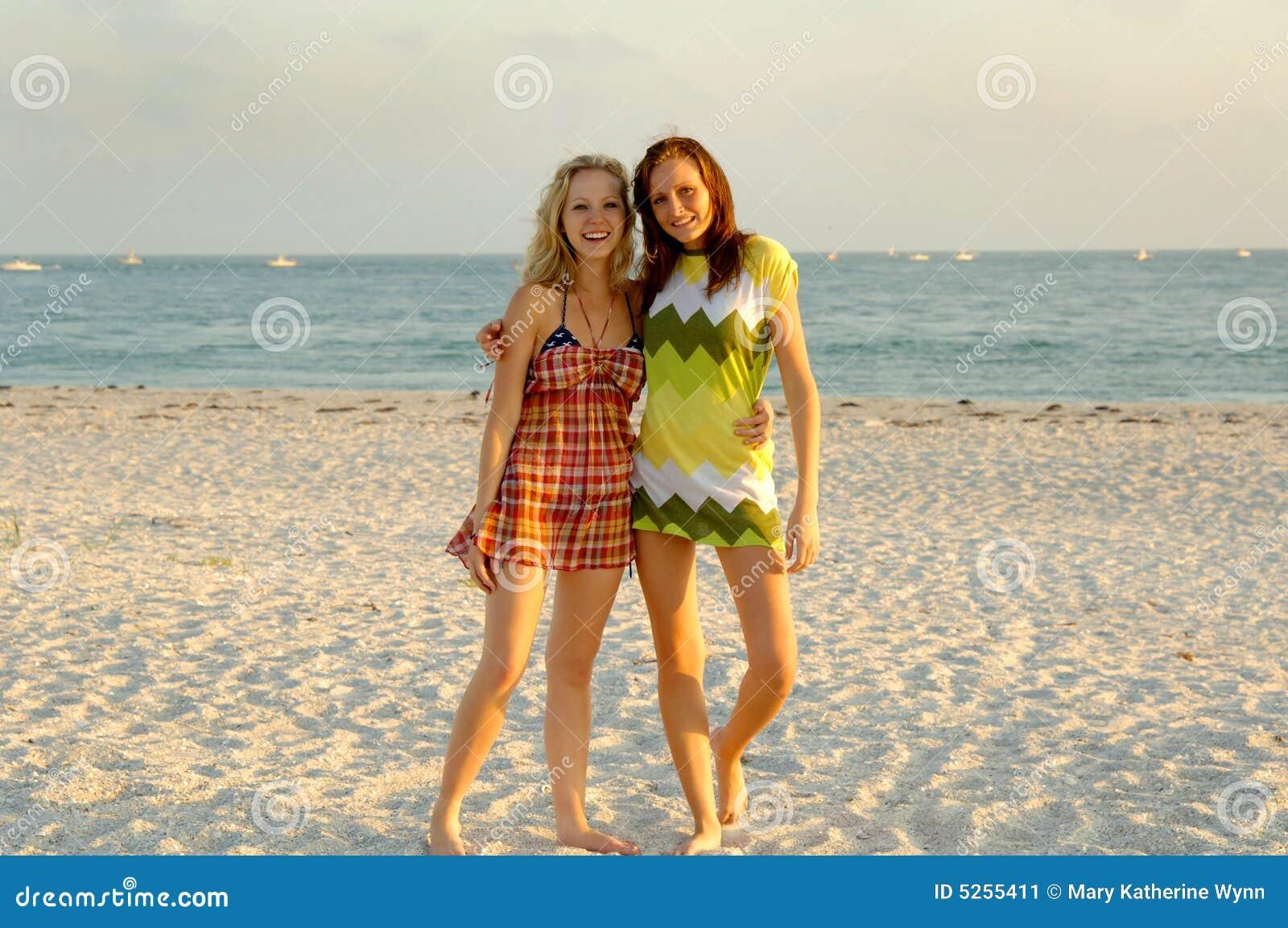 Strandparty jugendlich Strand