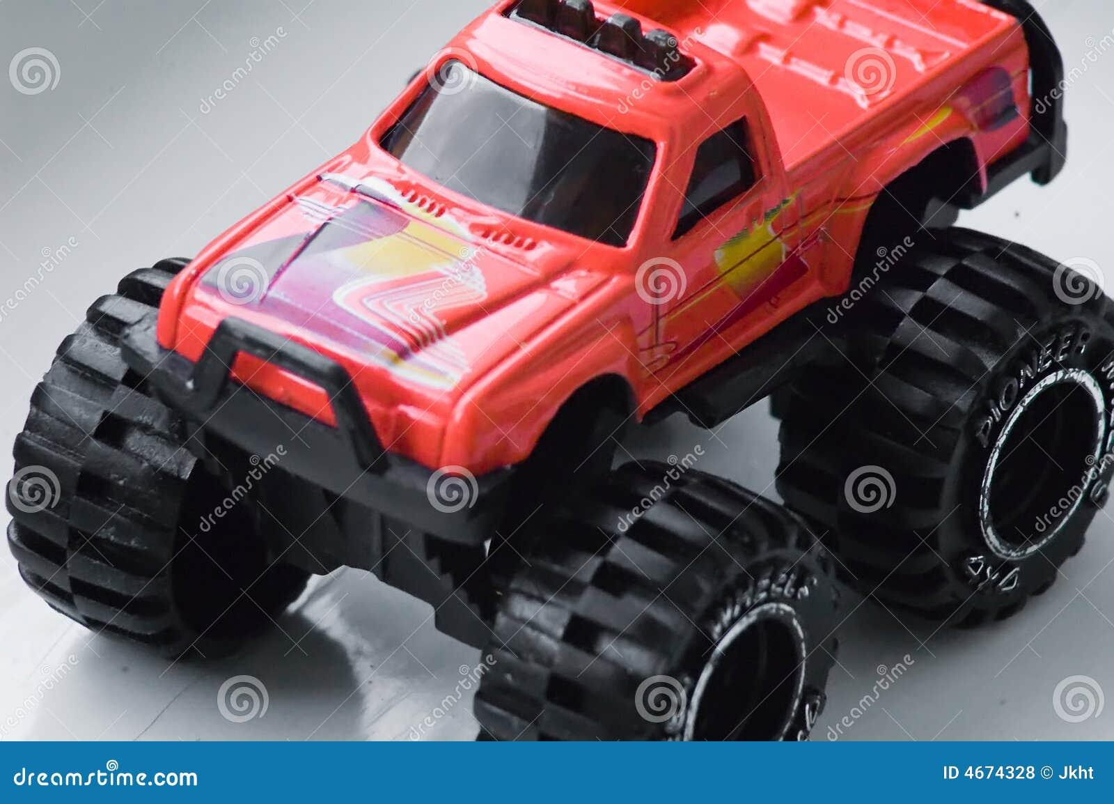 Juguete Rojo Del Carro De Monstruo Foto De Archivo Imagen De Juego