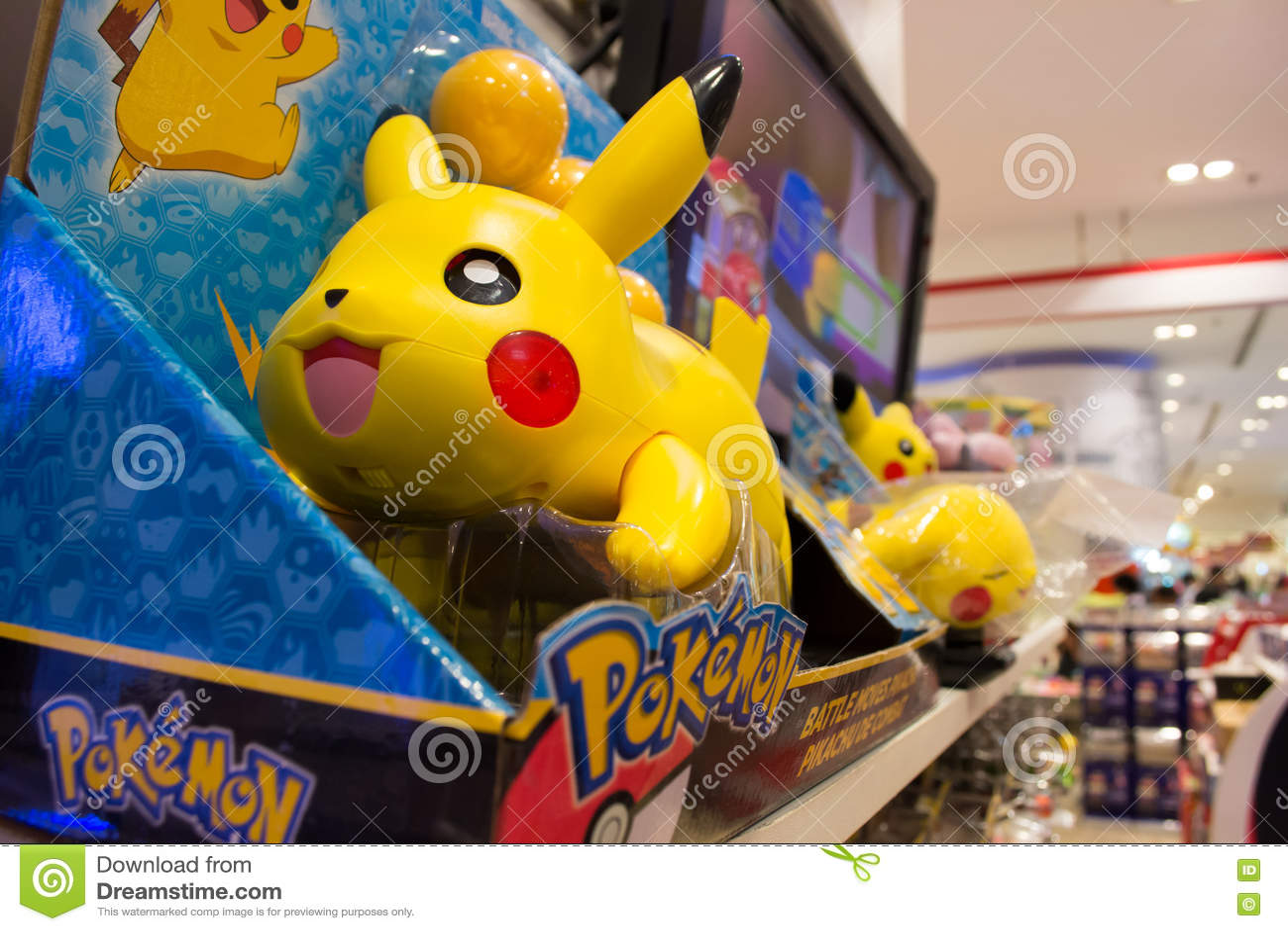 Juguetes de pokemon imagen editorial imagen de estante - Estantes para juguetes ...