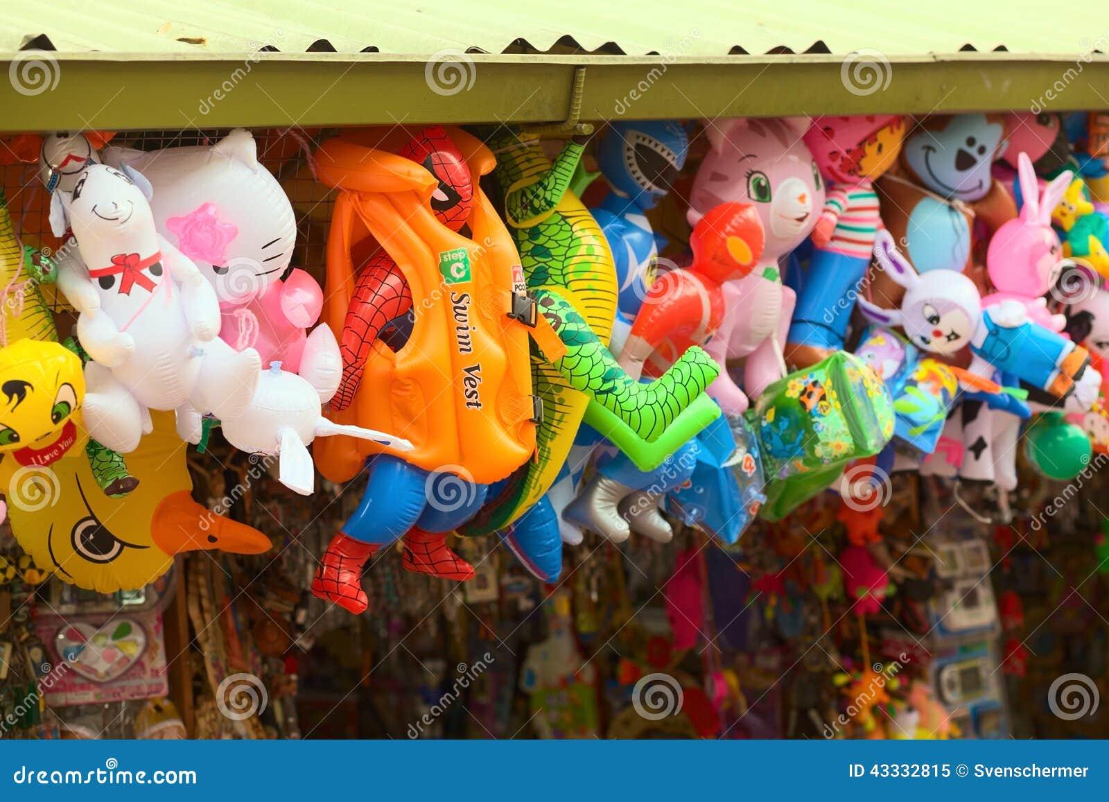 Juguetes inflables en Banos, Ecuador