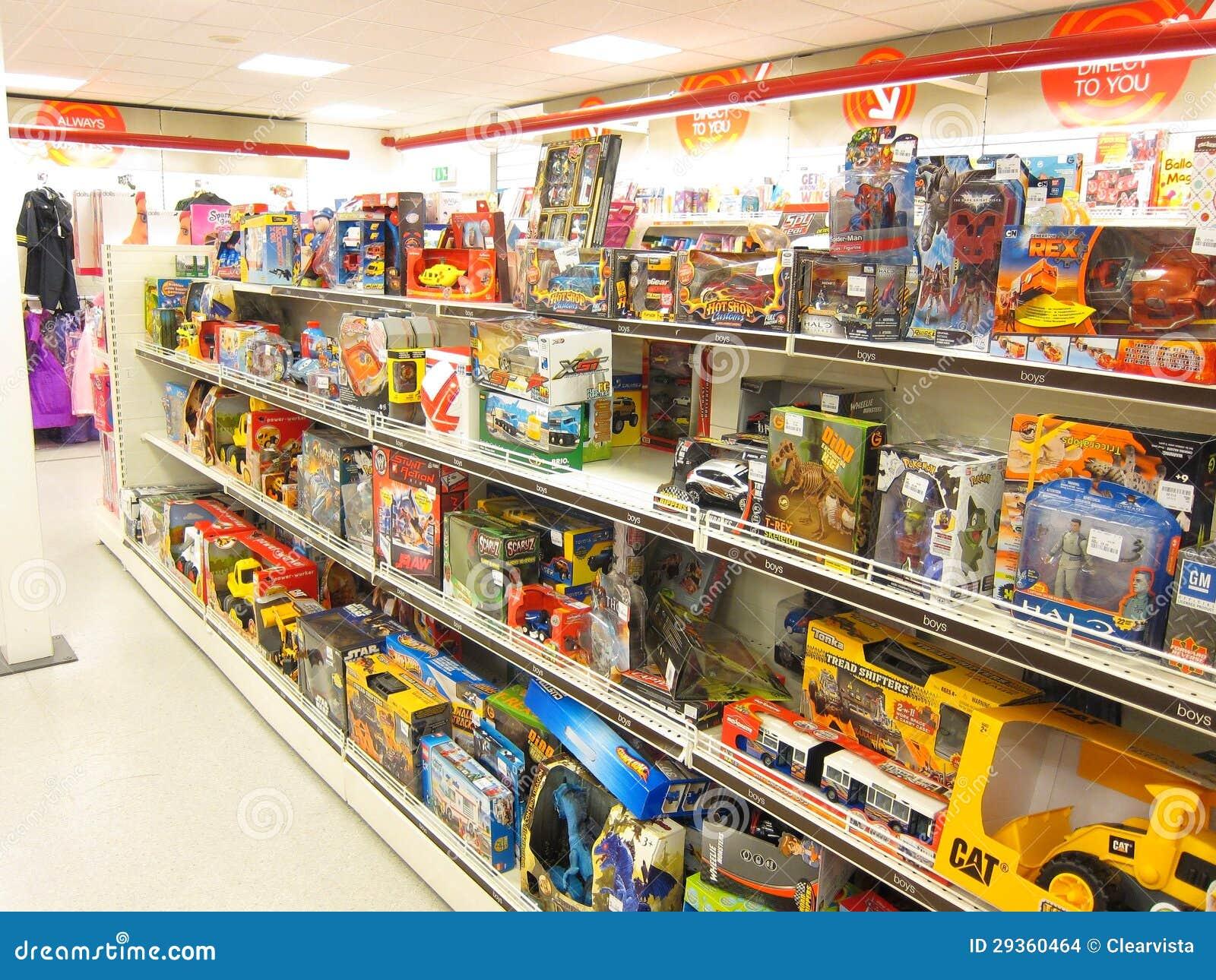 Juguetes para la venta en una tienda imagen de archivo - Estantes para juguetes ...