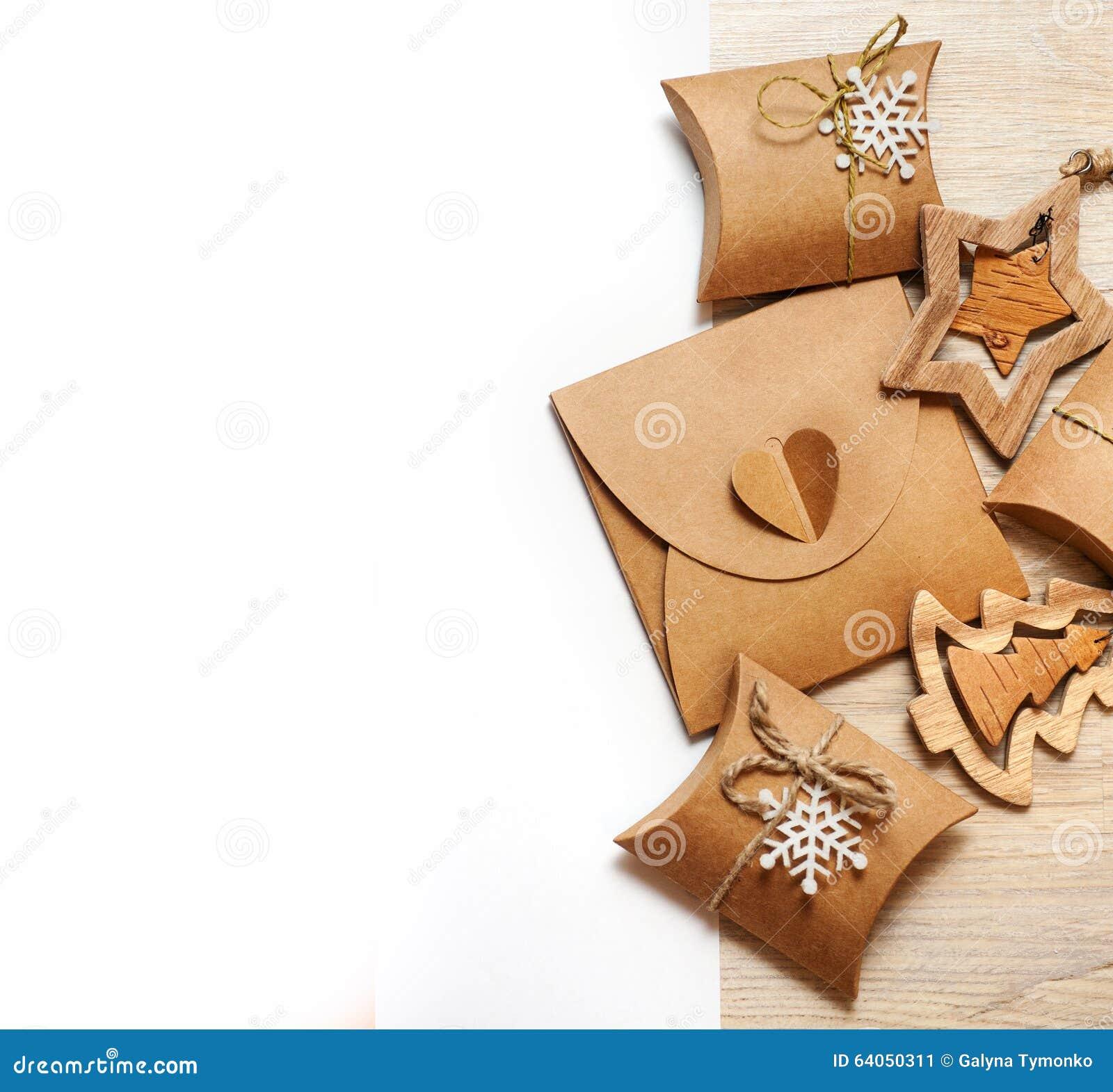 Juguetes y cajas de la navidad de madera hechos a mano - Regalos a mano ...