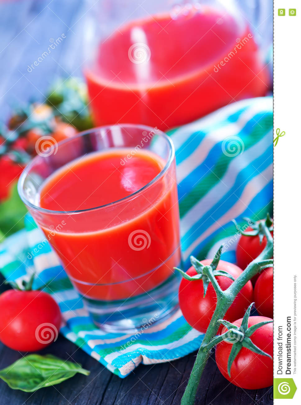 Download Juice tomato стоковое изображение. изображение насчитывающей еда - 72292383