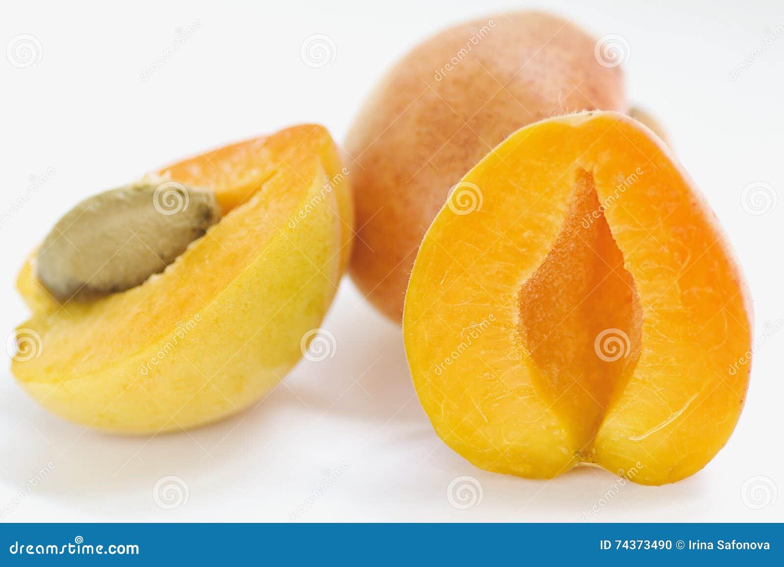 Juicy apricots crop