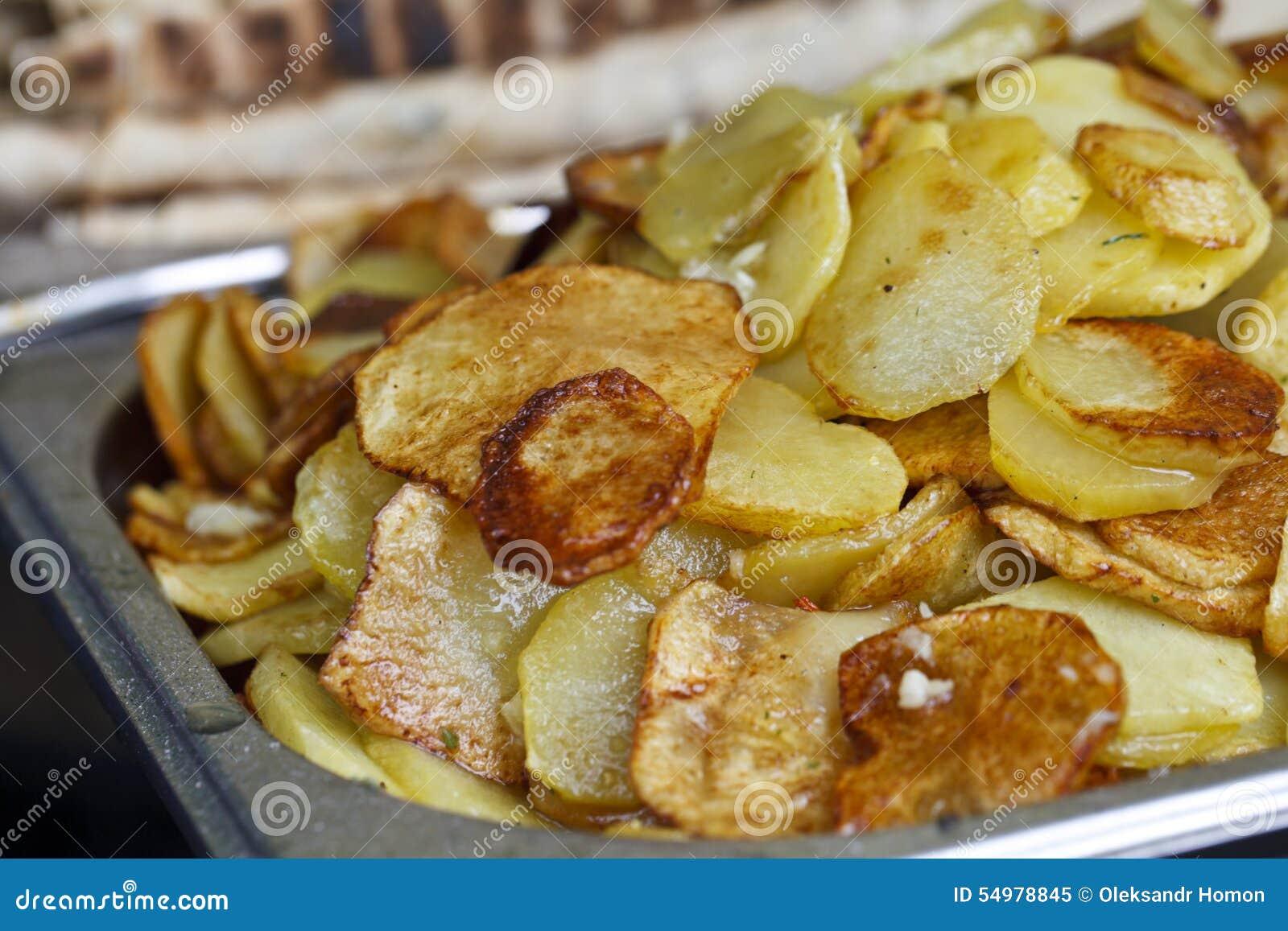 Juicy fried potatoes