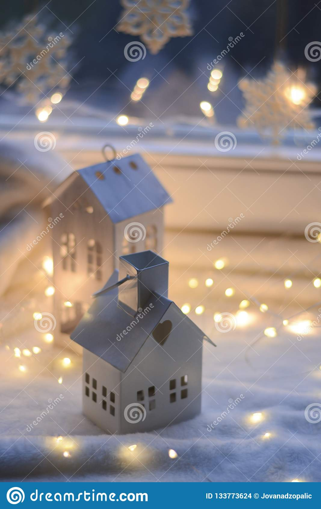 Jul och gåvor och garnering för nytt år