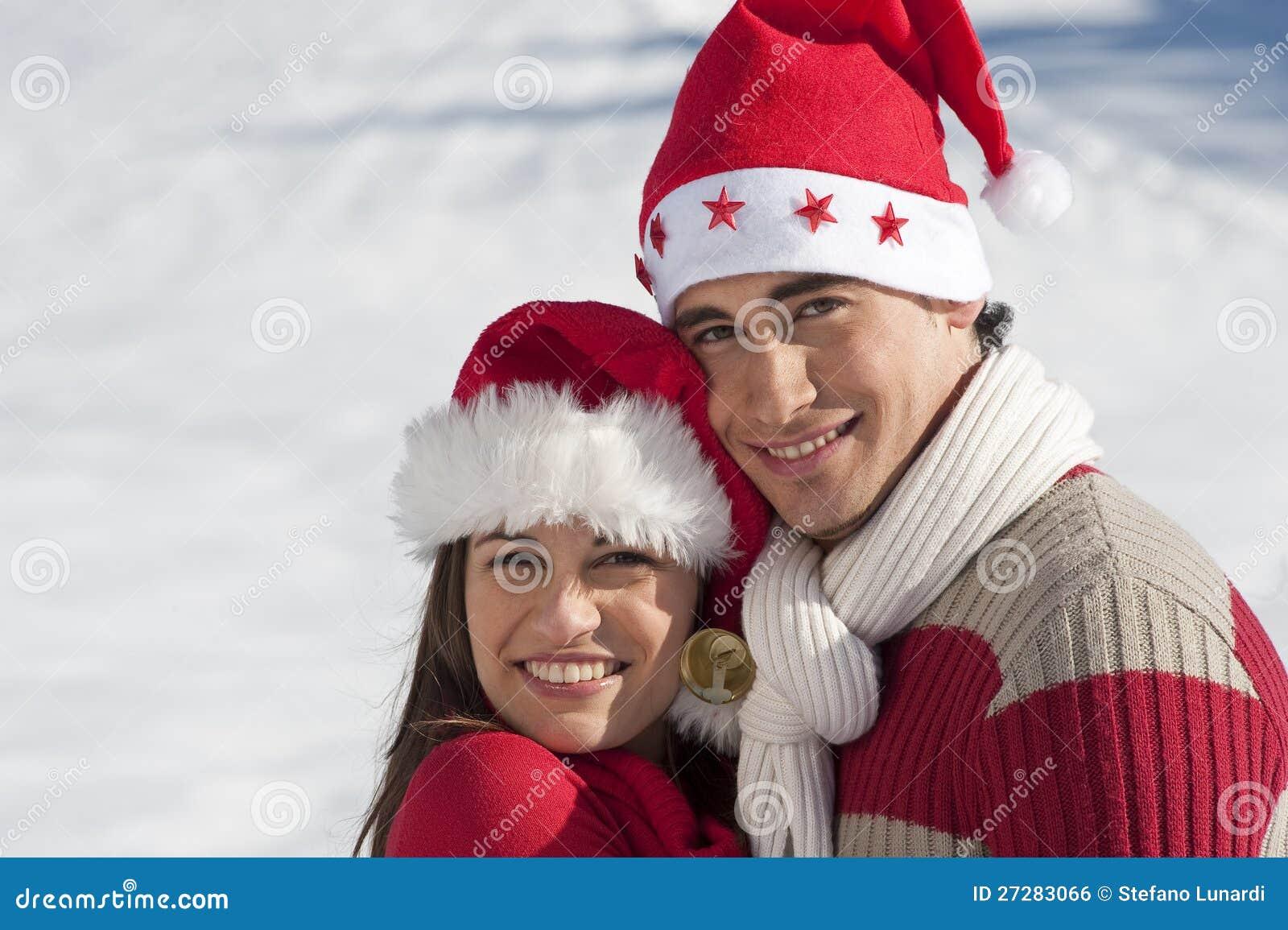 Julen förbunde förälskat
