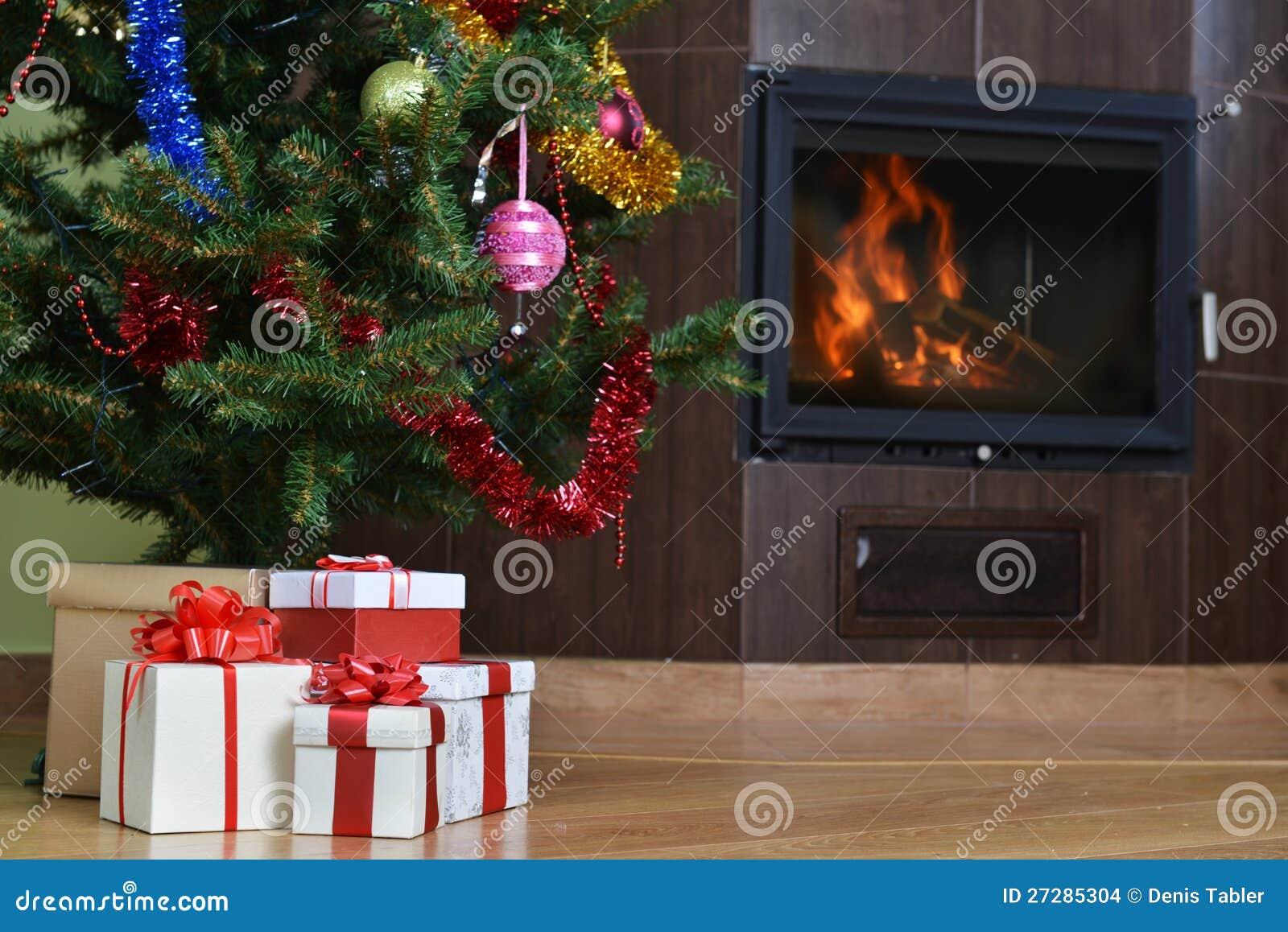 Julgran och gåva