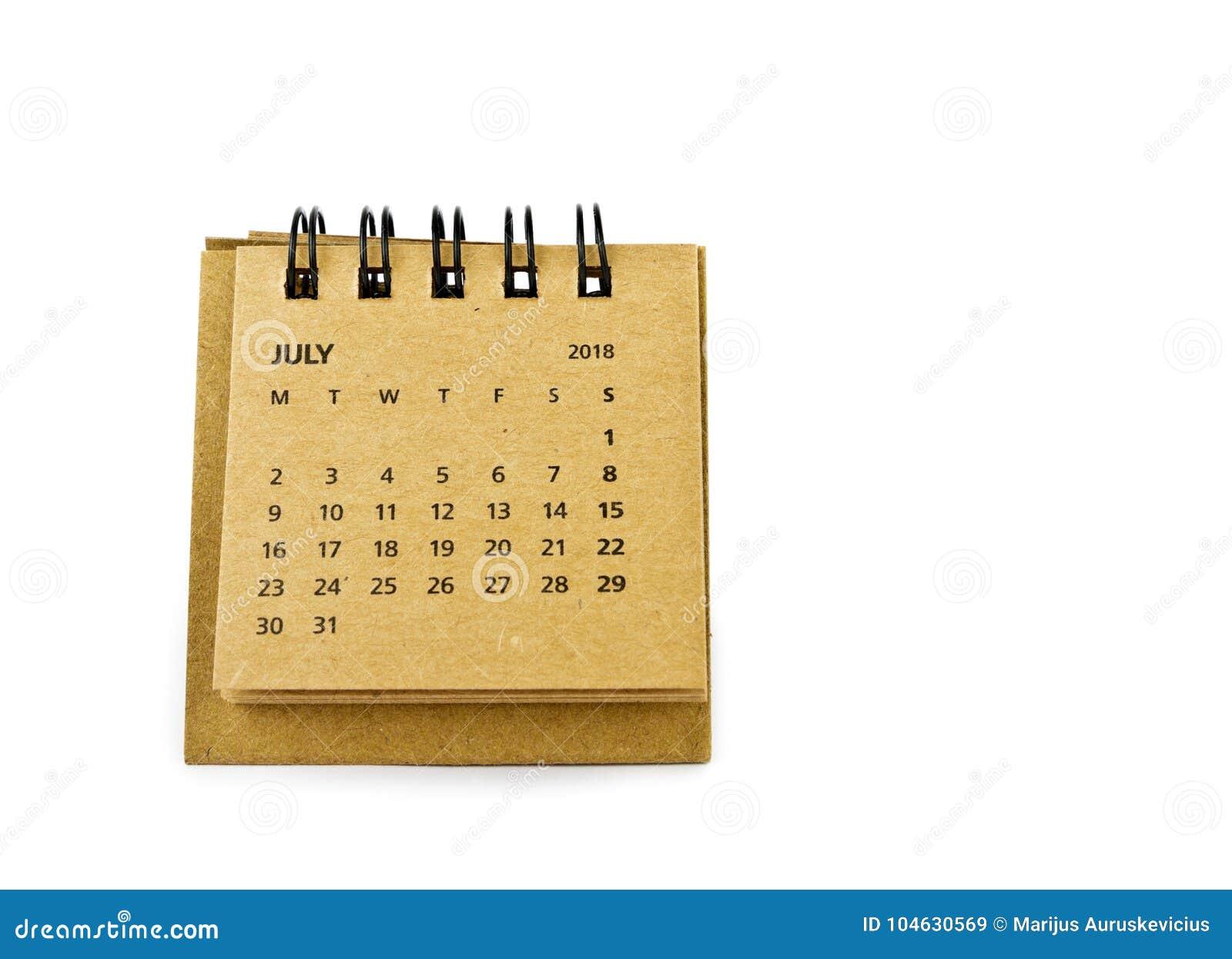 Download Juli Kalenderblad op wit stock afbeelding. Afbeelding bestaande uit ruimte - 104630569