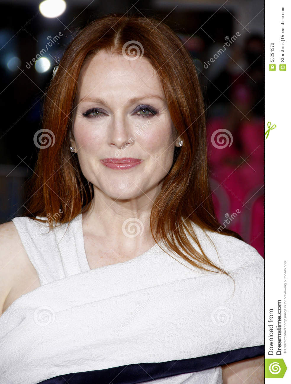 Julianne Moore Editorial Image Image Of Hair Hairstyle
