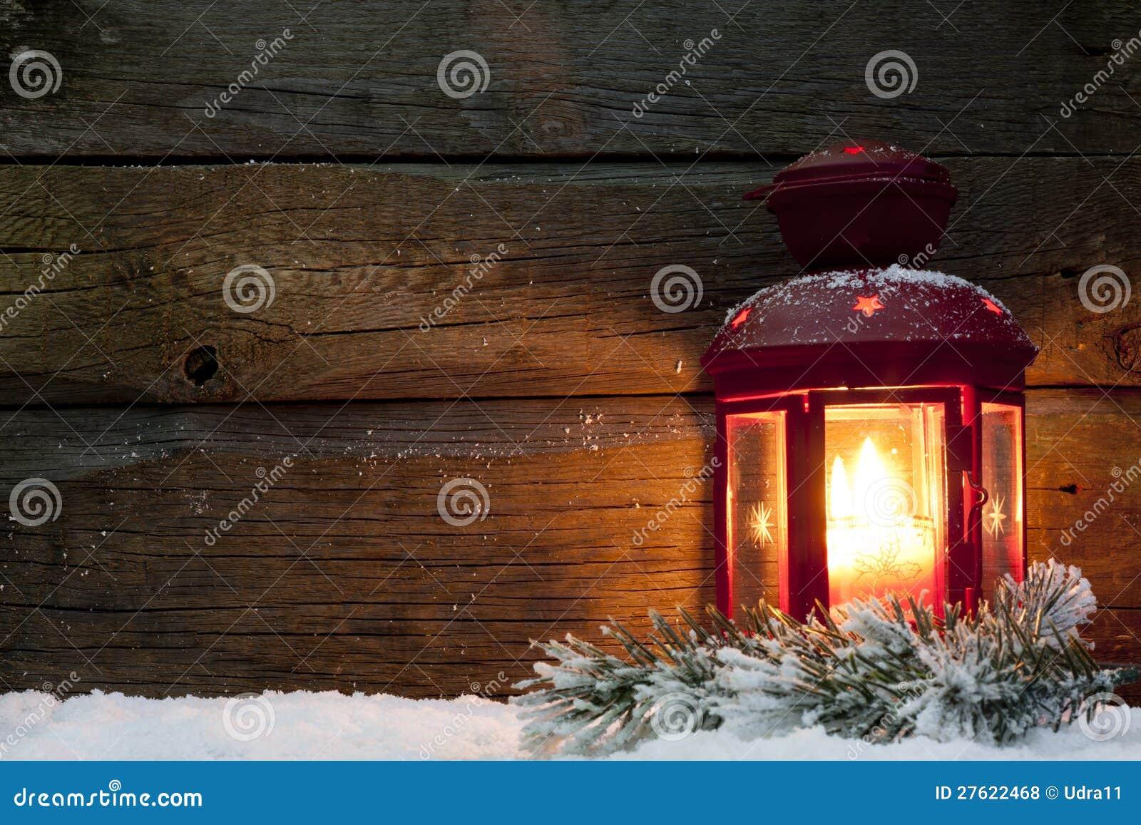 Jullyktalampa i natt på snow