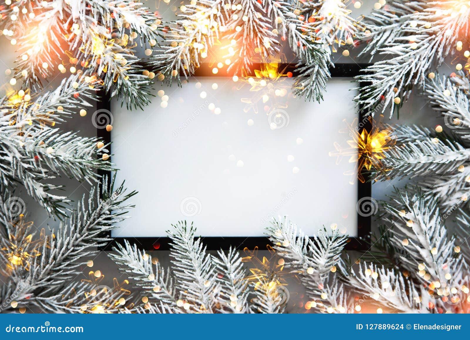 Julrambakgrund med xmas-trädet Hälsningkort för glad jul, baner Tema för vinterferie