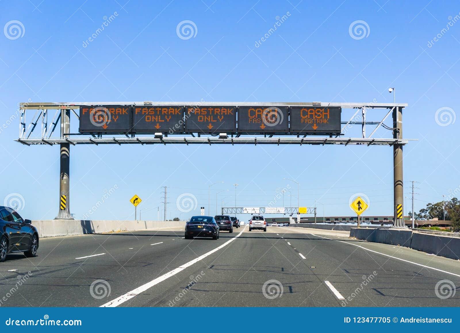 Traffic Lanes Designation Information Fastrak Or / And Cash