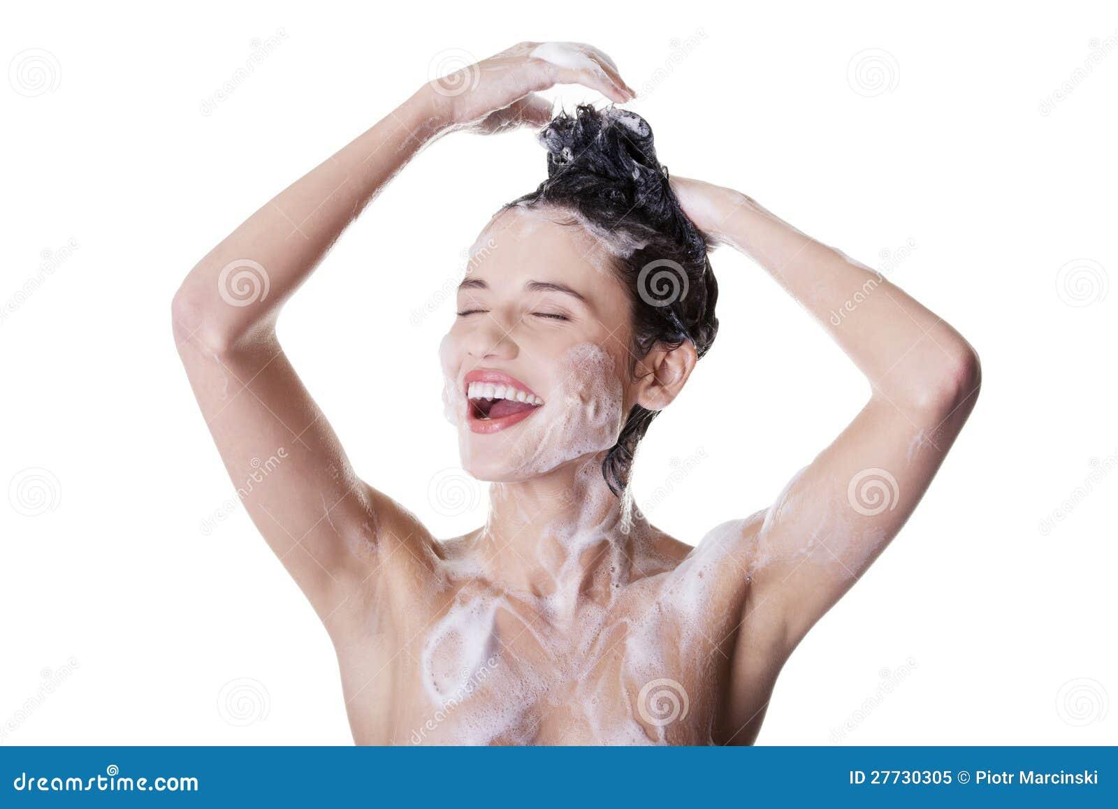 Junge befestigten schöne Frau in der Dusche
