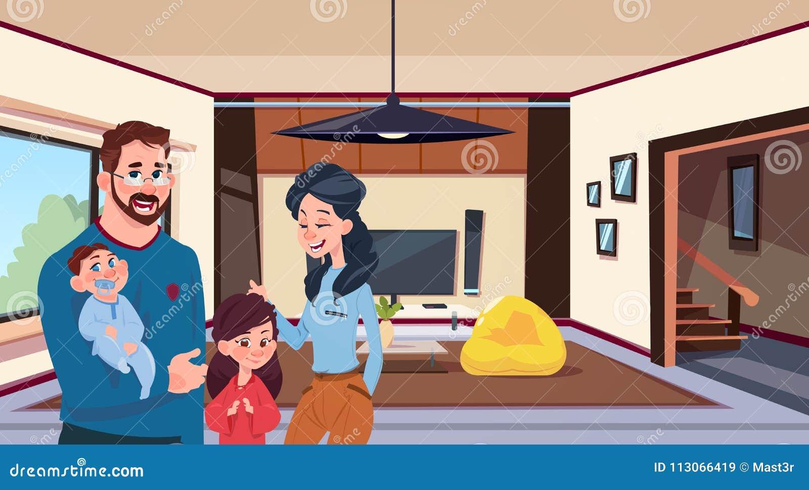 Junge Familien-Eltern mit zwei Kindern im modernen Wohnzimmer zu Hause