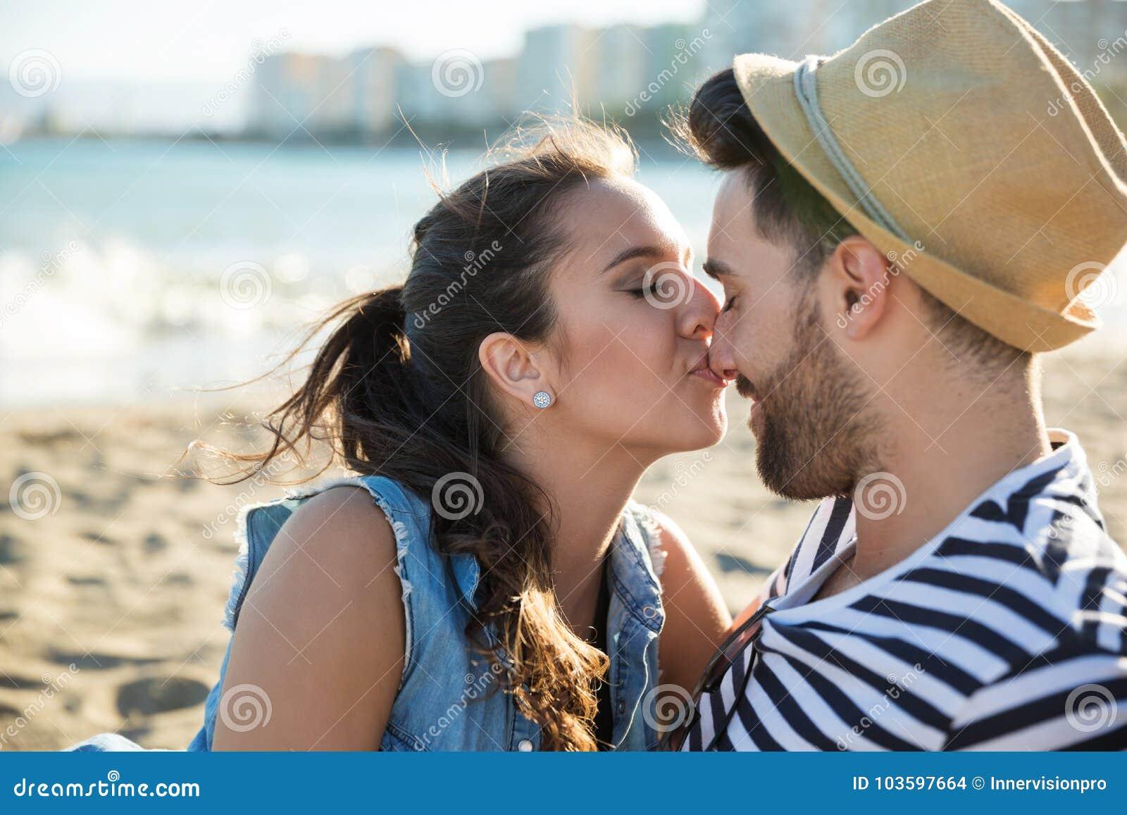 wie küsse ich eine frau