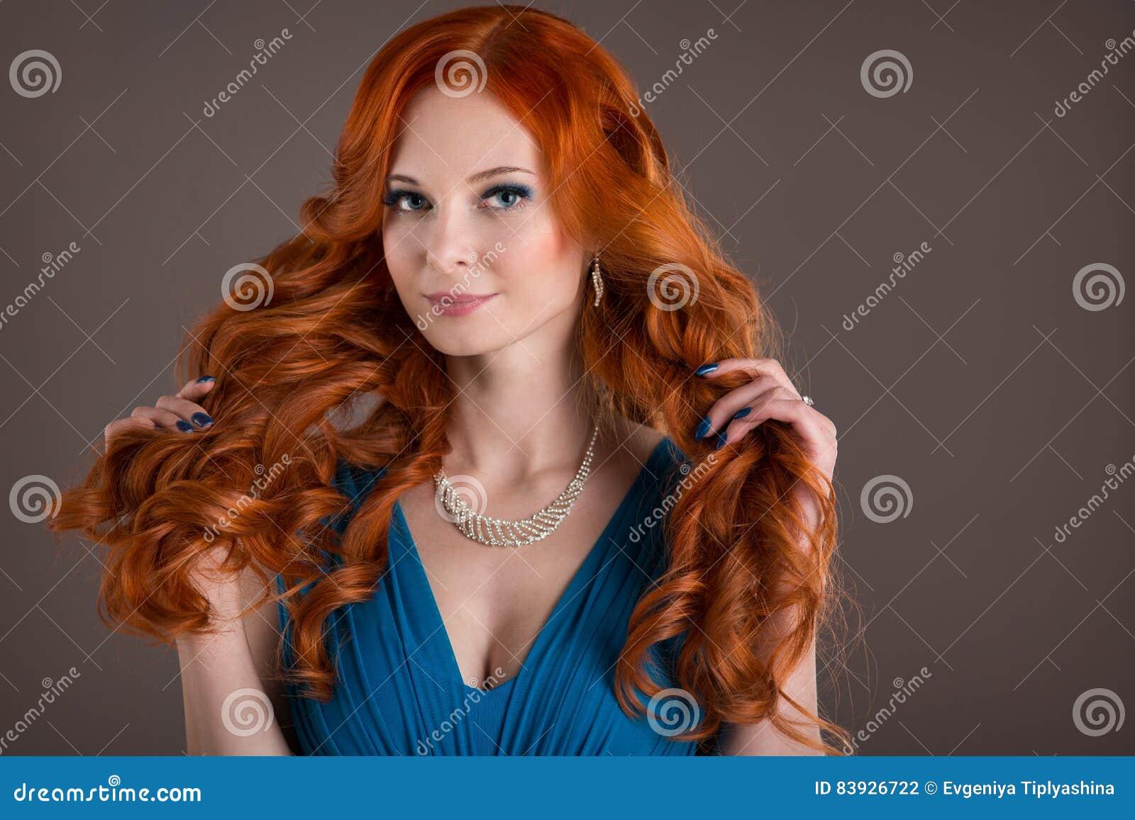 Junge Mit Roten Haaren