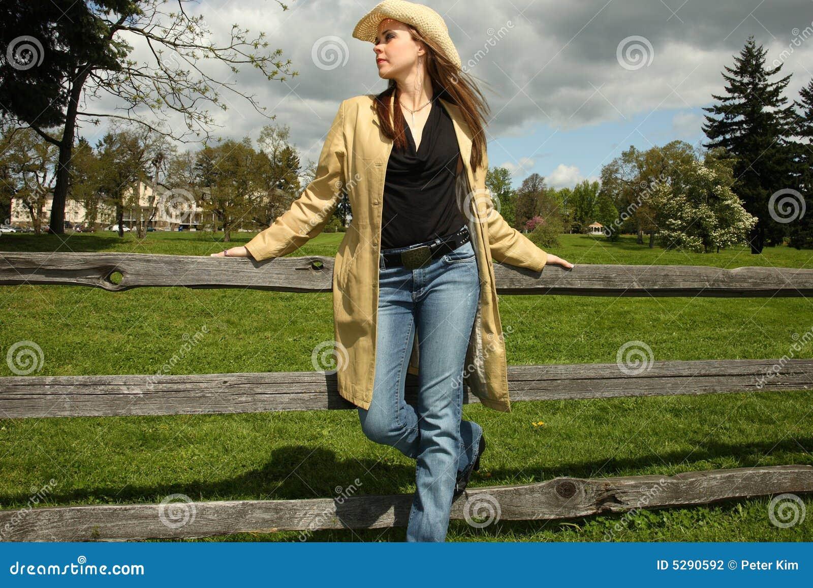 junges cowgirl herrlich gefickt