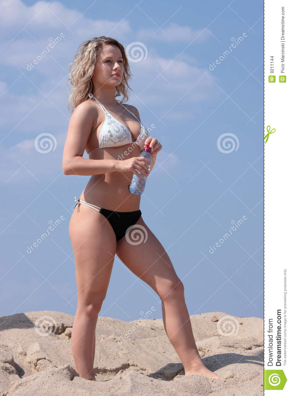Mdchen Bikini Stock-Fotos und Bilder Getty Images
