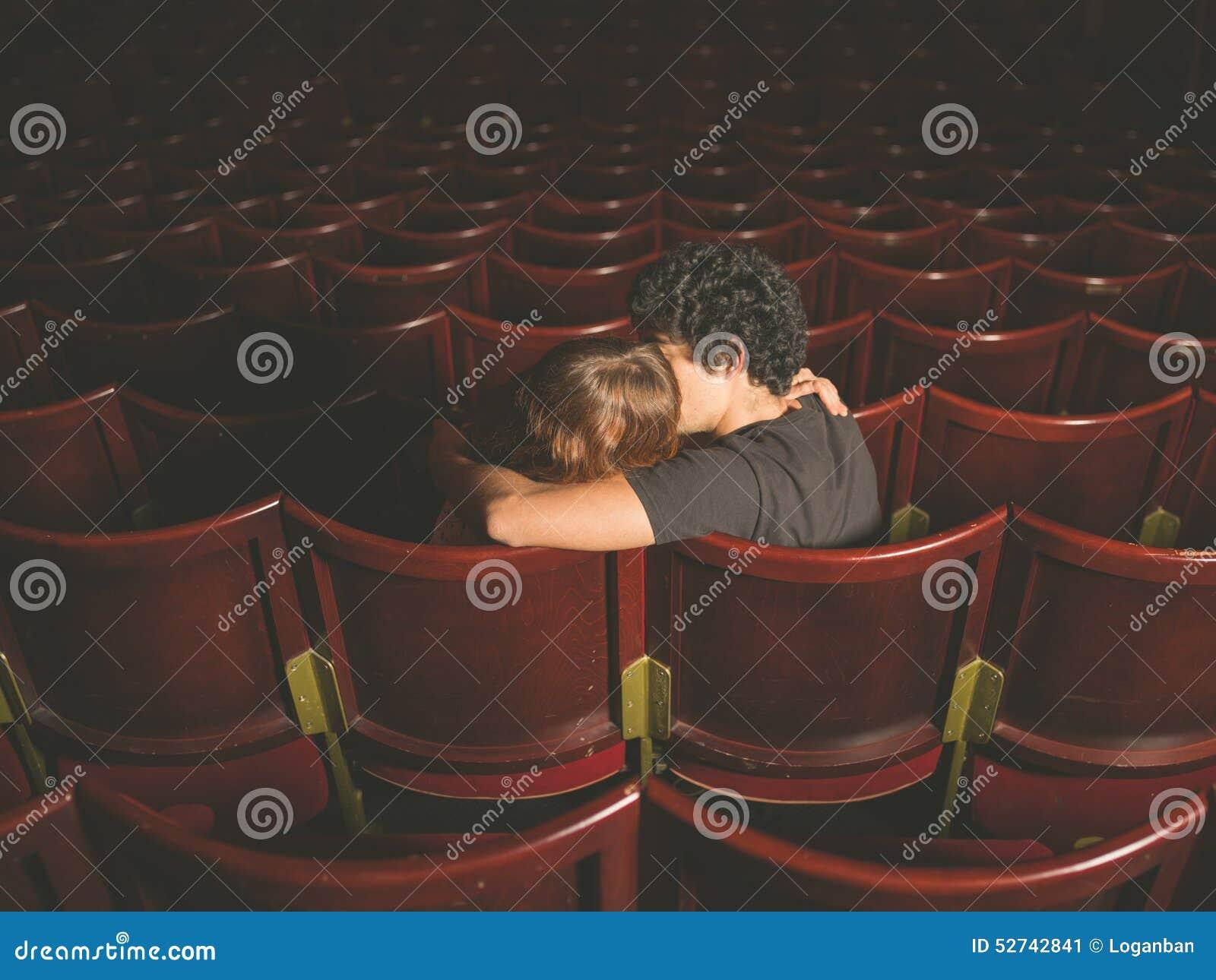 kuss im kino