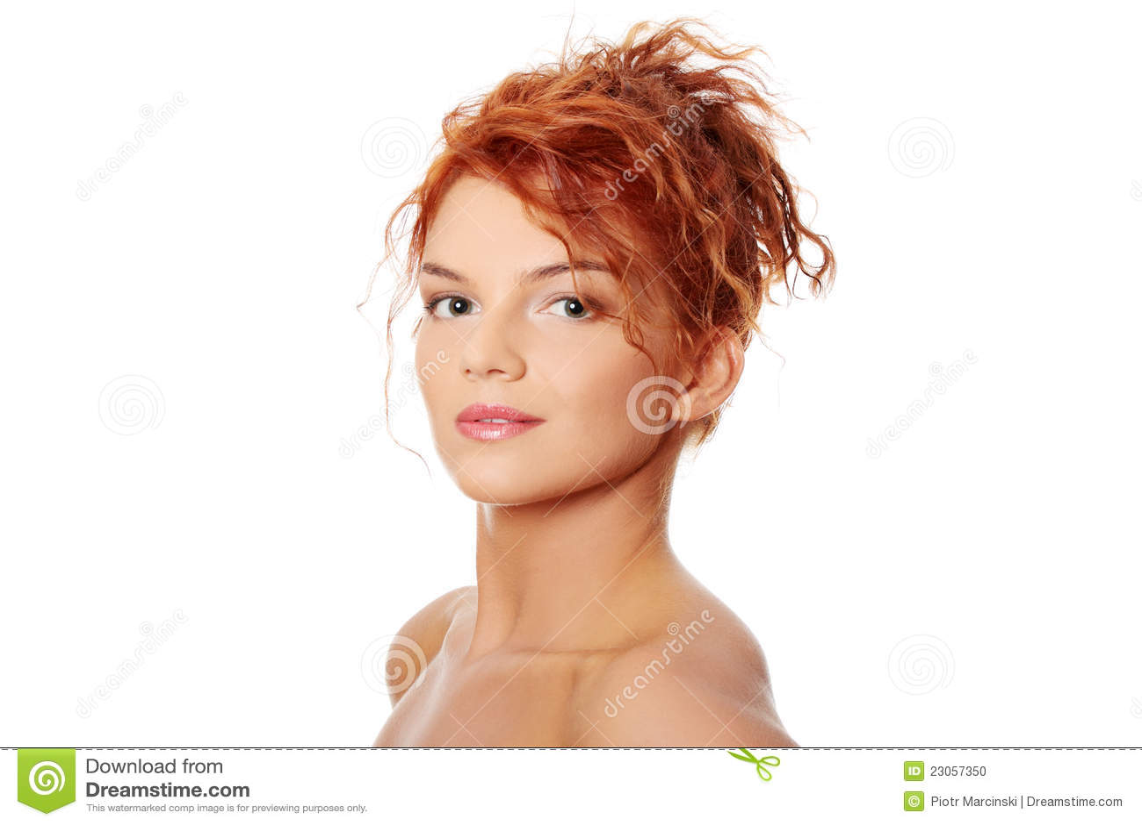 Junge Redheadfrau