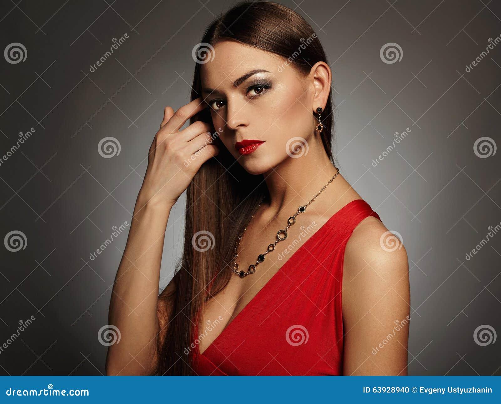 Schmuck zum roten abendkleid