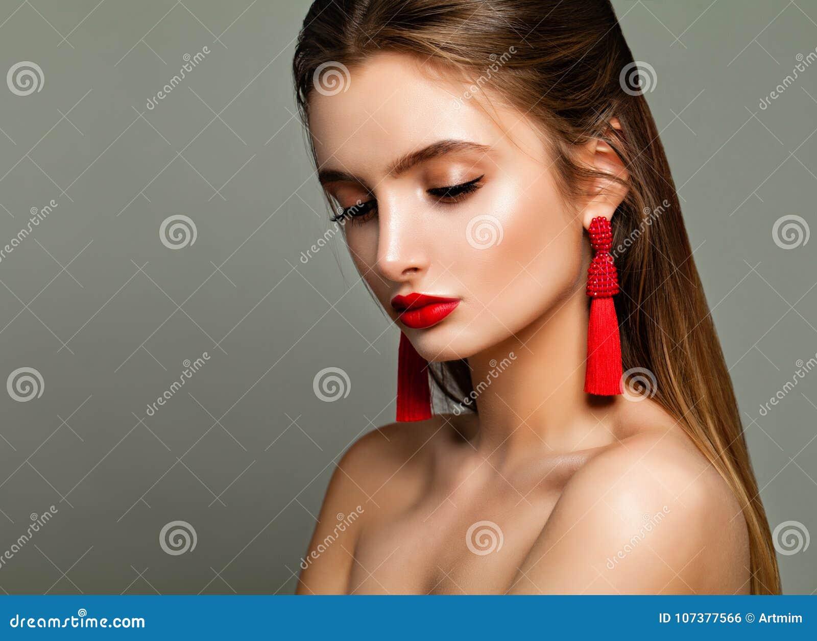 Junge Schönheit Perfekte Frau mit Mode-Make-up