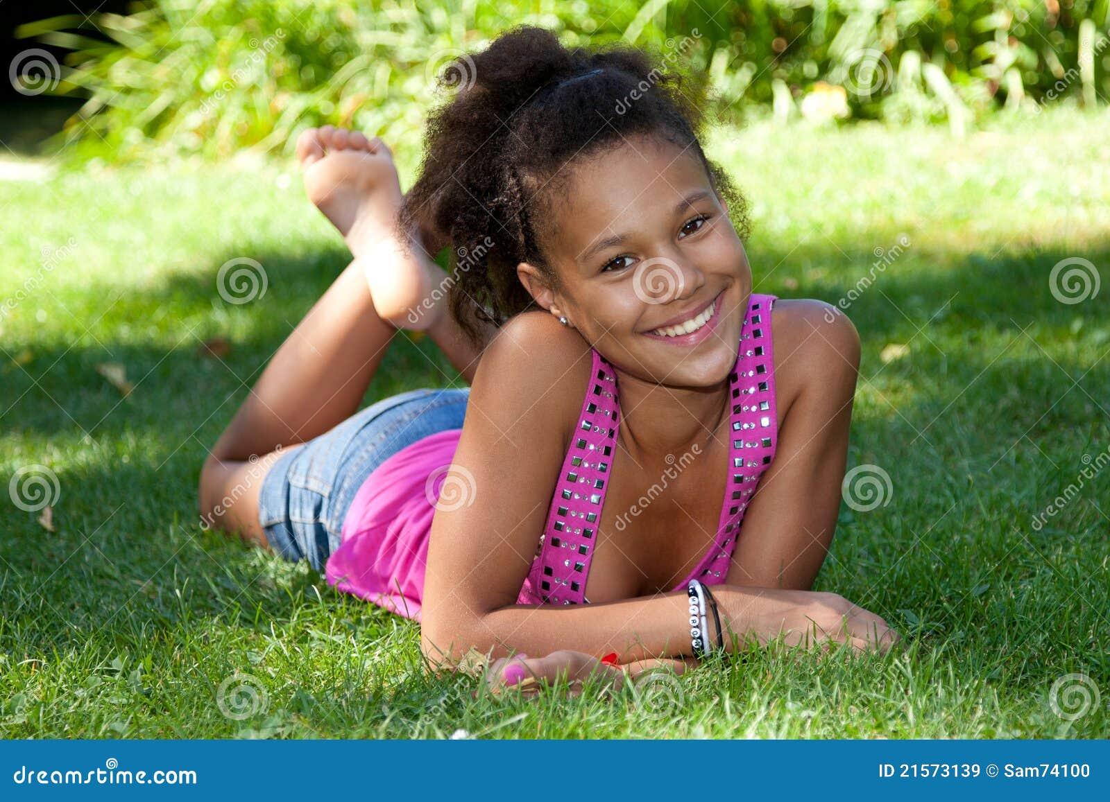 Ebony schwarze Jugendliche an