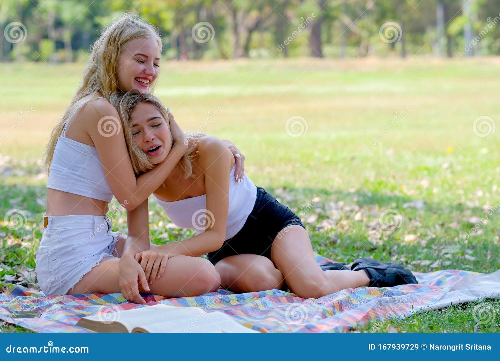 Bilder geile teenager Intimbehaarung: Zurück