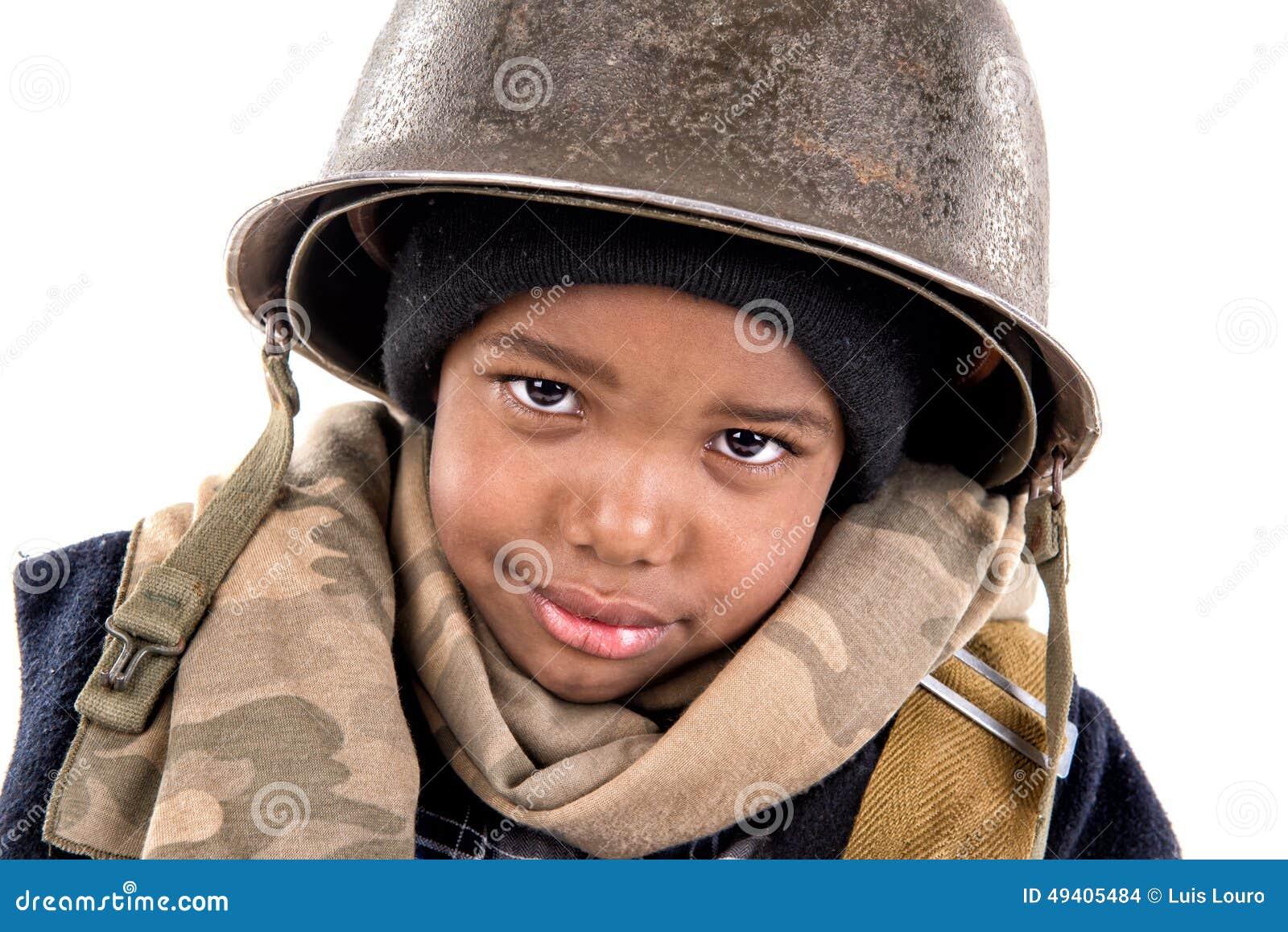 Download Jungensoldat stockfoto. Bild von wenig, militärisch, person - 49405484
