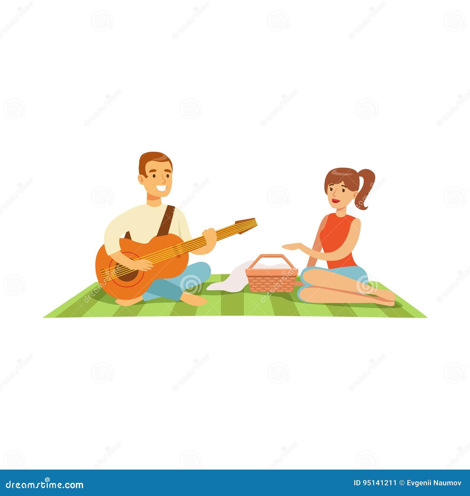 Junger Mann, der Gitarre zu seinem Mädchen auf einem Picknick, glückliches Paar in der Liebe sitzt auf einer Picknickplaid-Vektor