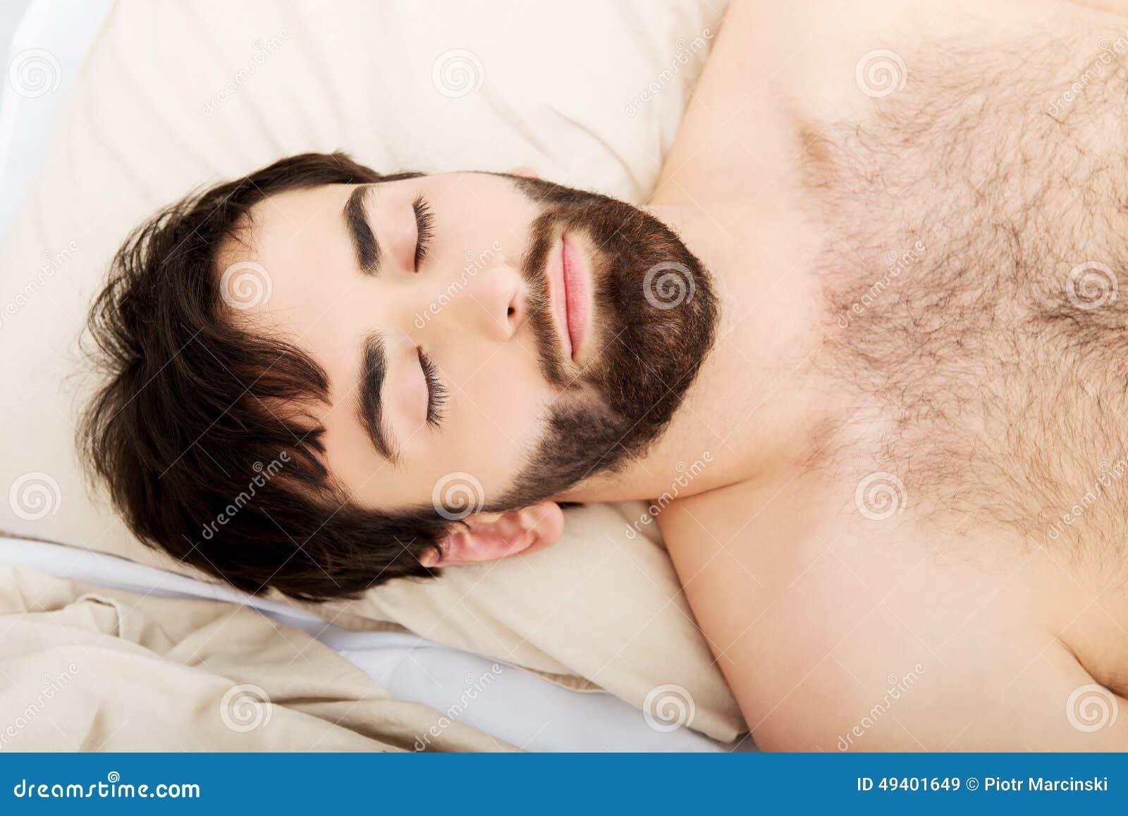 Download Junger Mann, Der Im Bett Liegt Stockbild - Bild von bett, ausdruck: 49401649