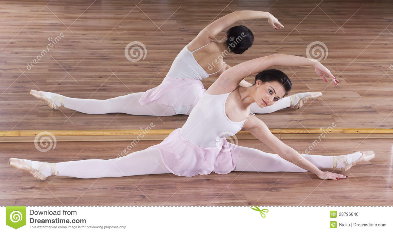 Junges Ballerinafrauentraining