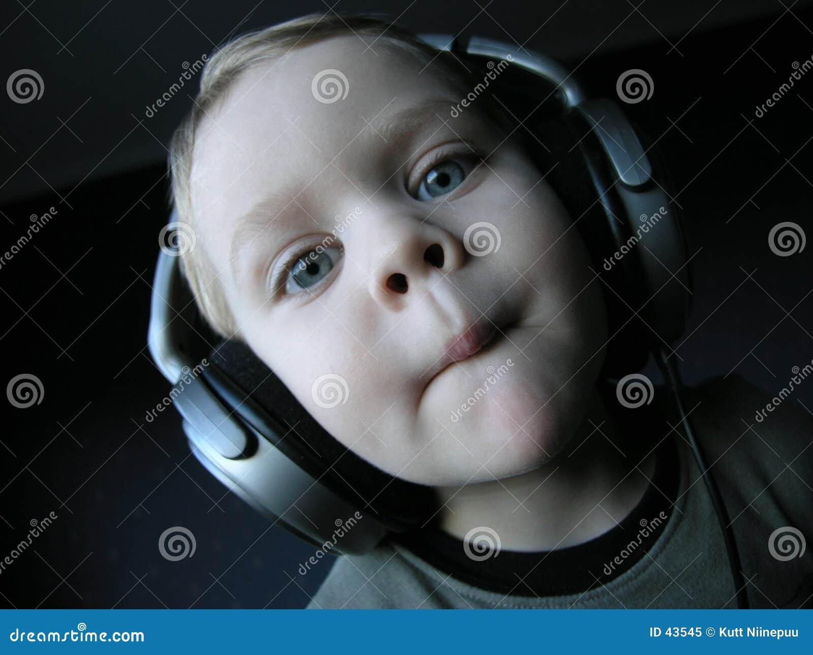 Junges DJ 4
