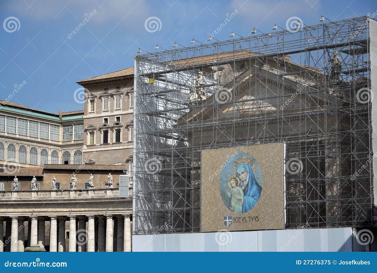 Jungfruliga Mary med totalt din Jesus Kristusâ