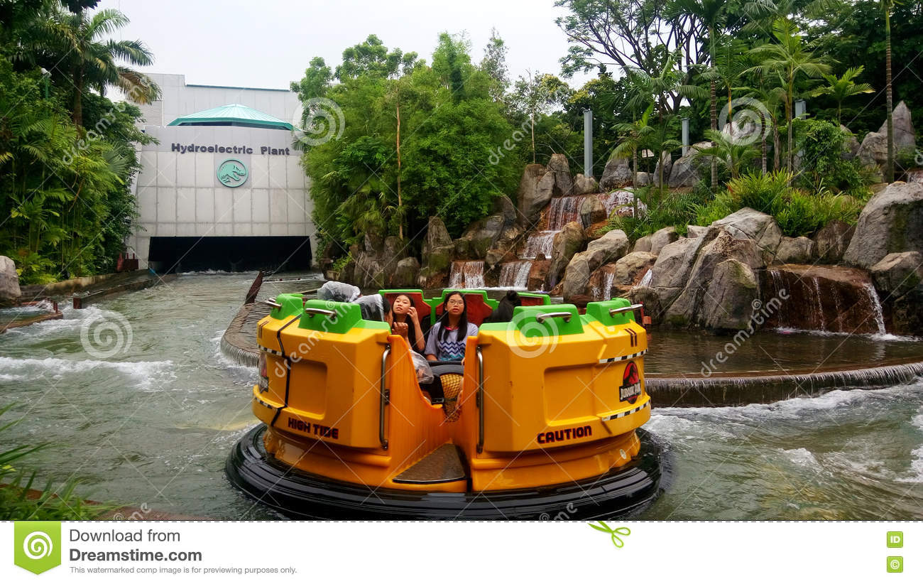 Jurassic Park Rapids Adventure Ride At Universal Studios