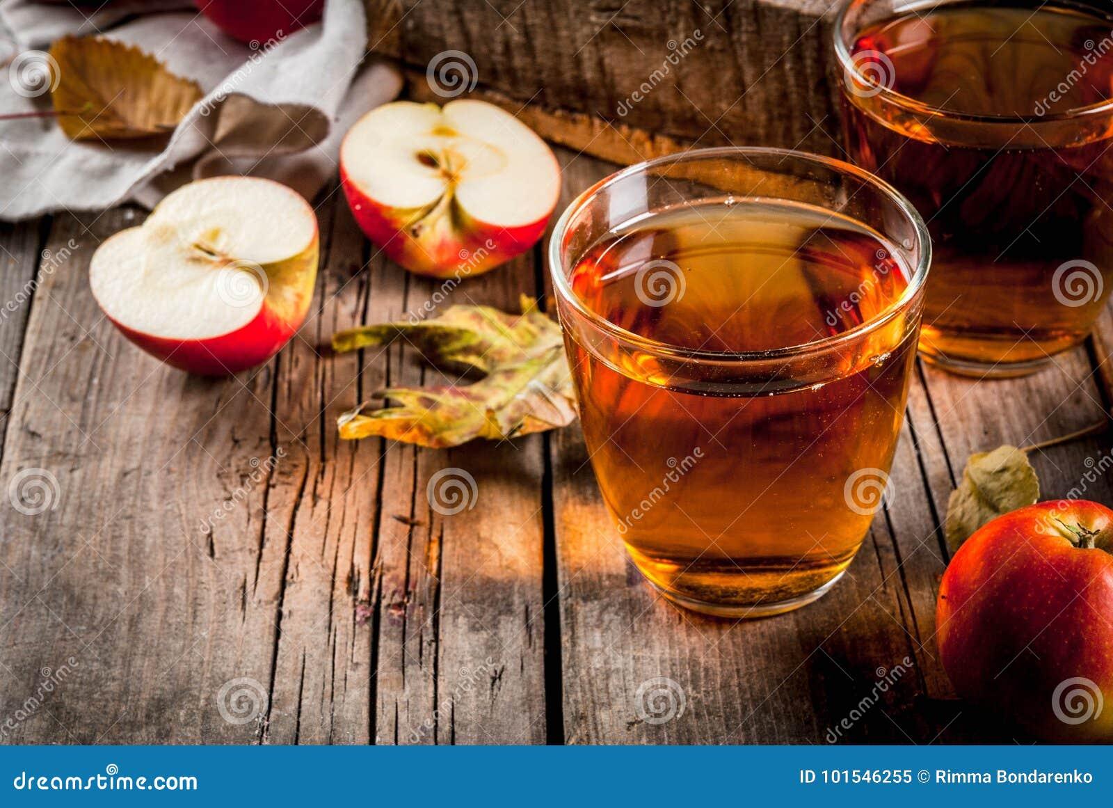 Jus de pomme organique frais