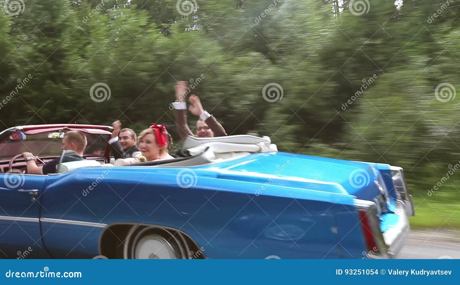Just Married Wedding Couple Bride And Groom In Vintage Bridal Car ...
